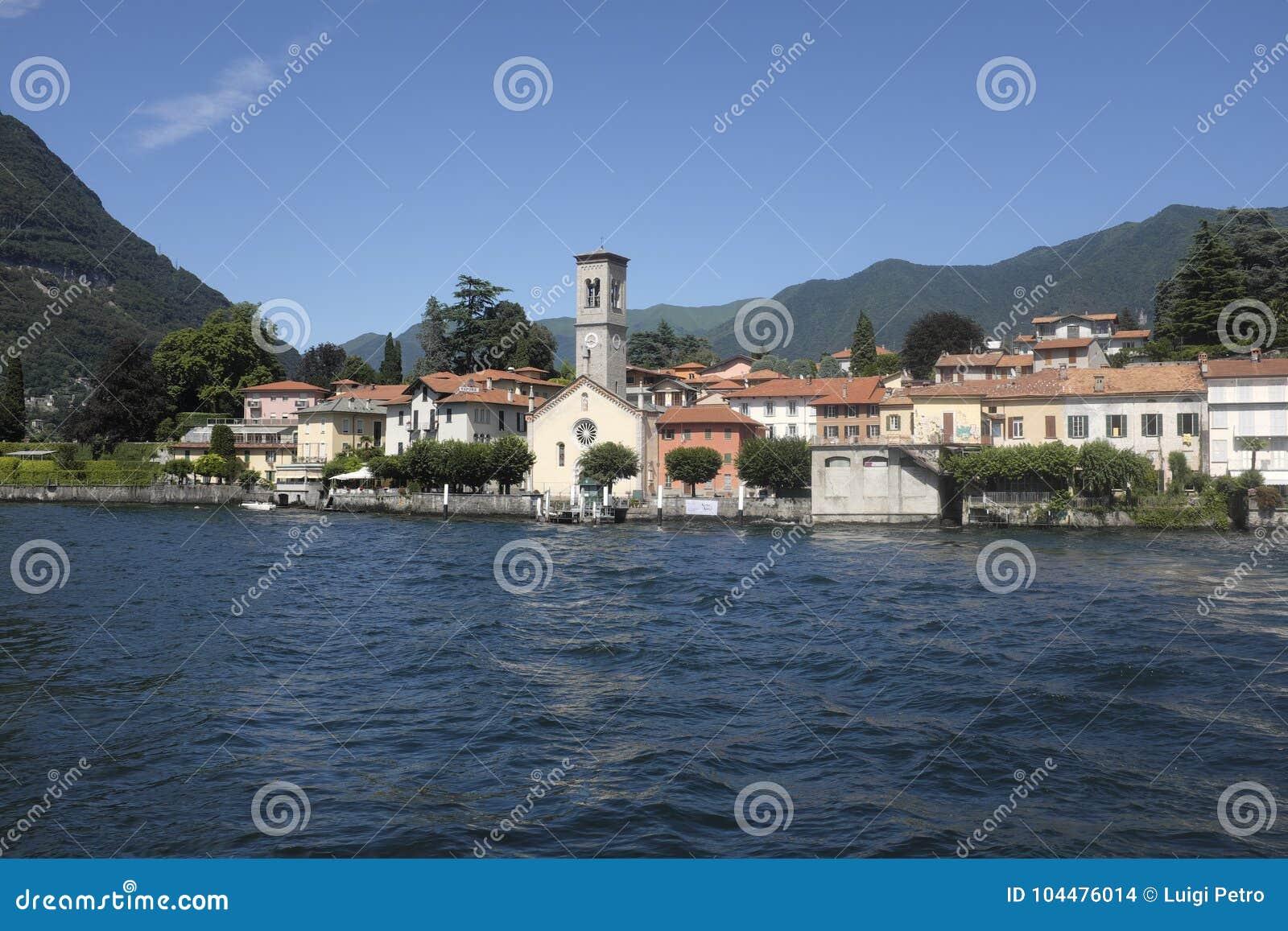 Das malerische Dorf von Torno auf See Como
