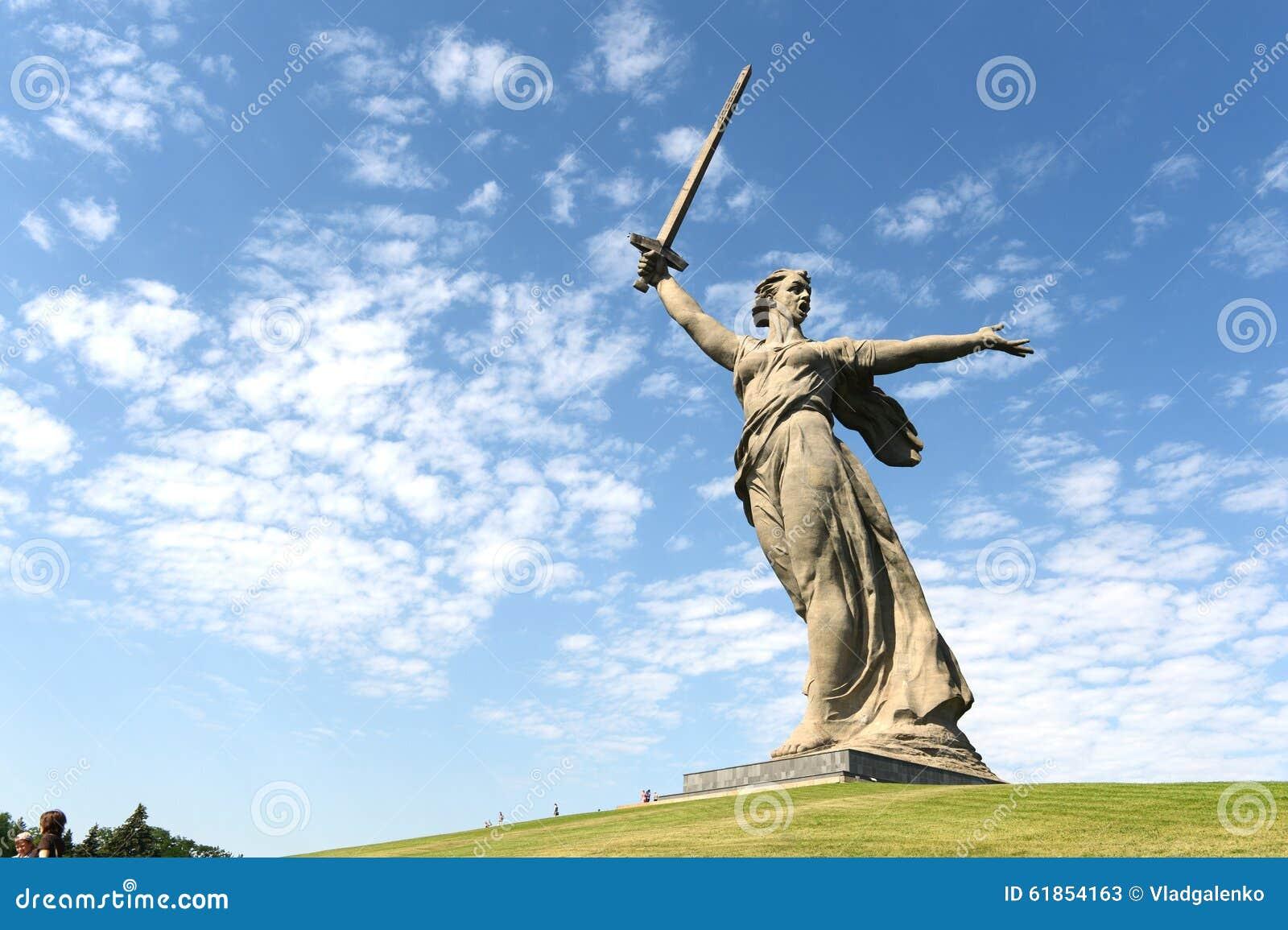 Das Monument die Mutterlandsanrufe in Wolgograd