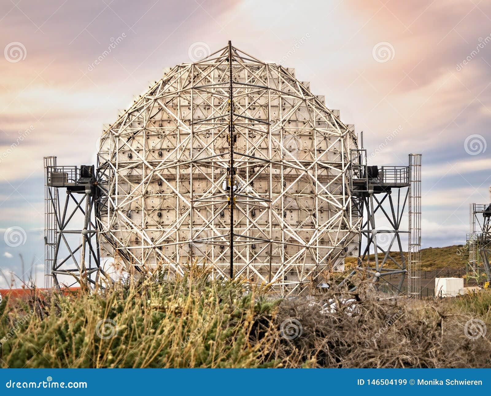 Das reflektierende Teleskop MAGISCHES IACT bei Roque de Los Muchachos, La Palma