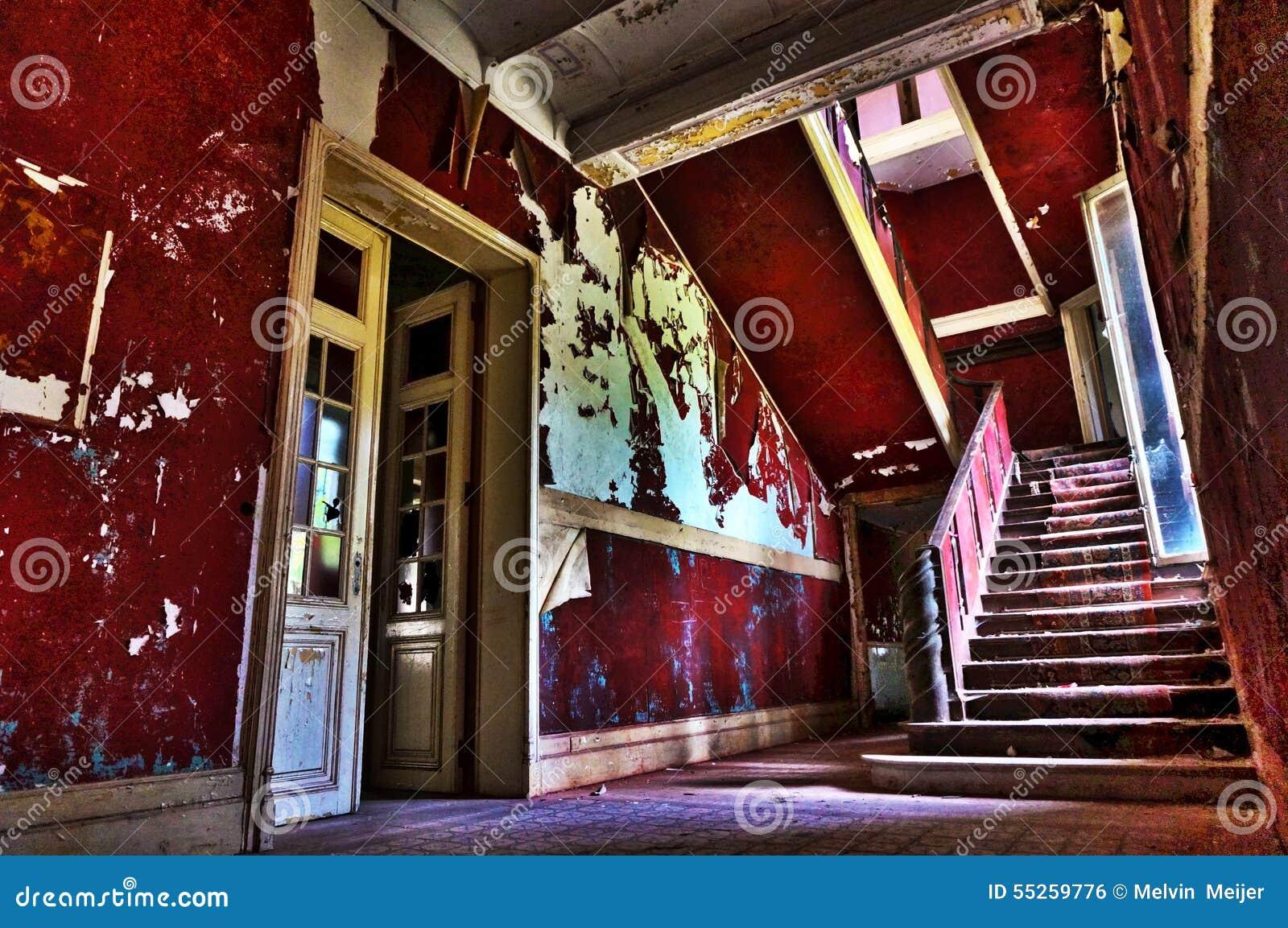 Das verlassene Treppenhaus