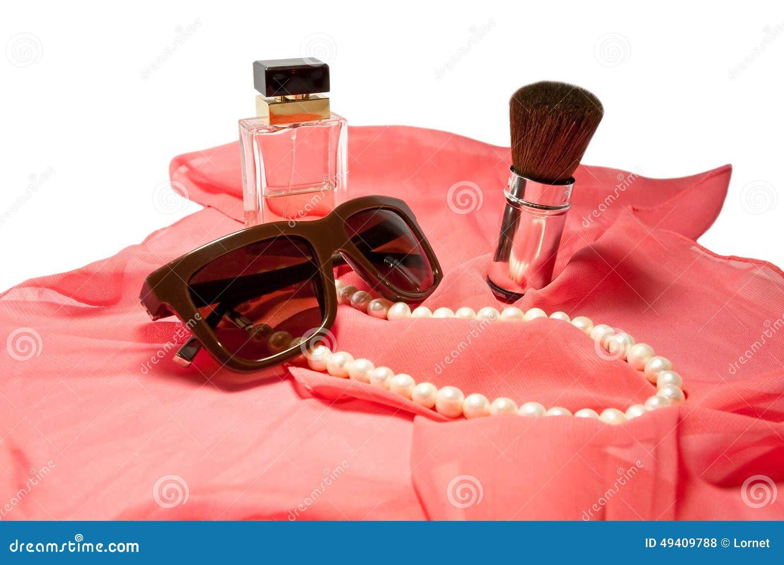 Download Das Zubehör Der Frauen Lokalisiert Auf Weiß Stockfoto - Bild von farbe, nachricht: 49409788