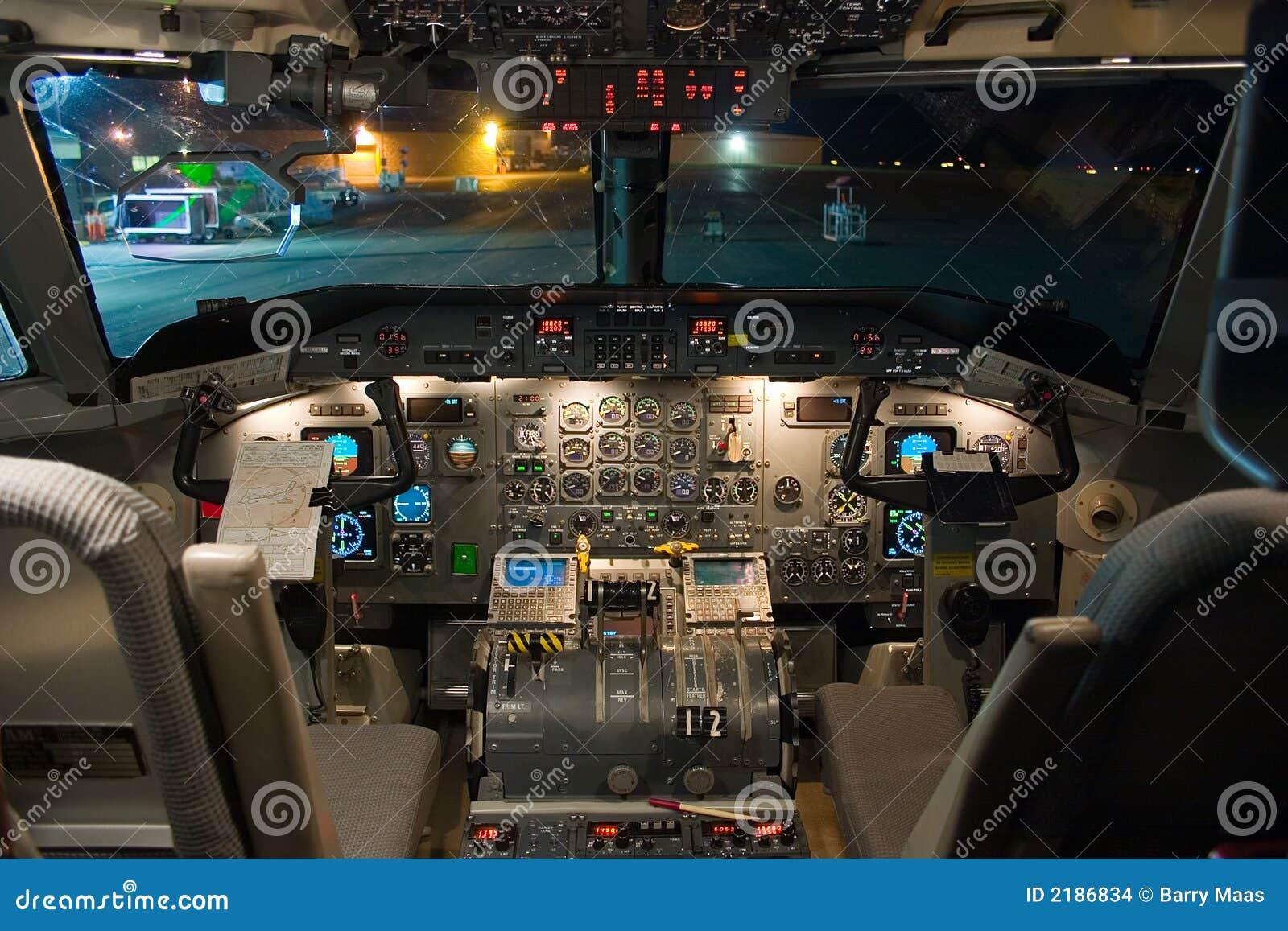 Dash 8 200 Flight Deck Stock Images Image 2186834