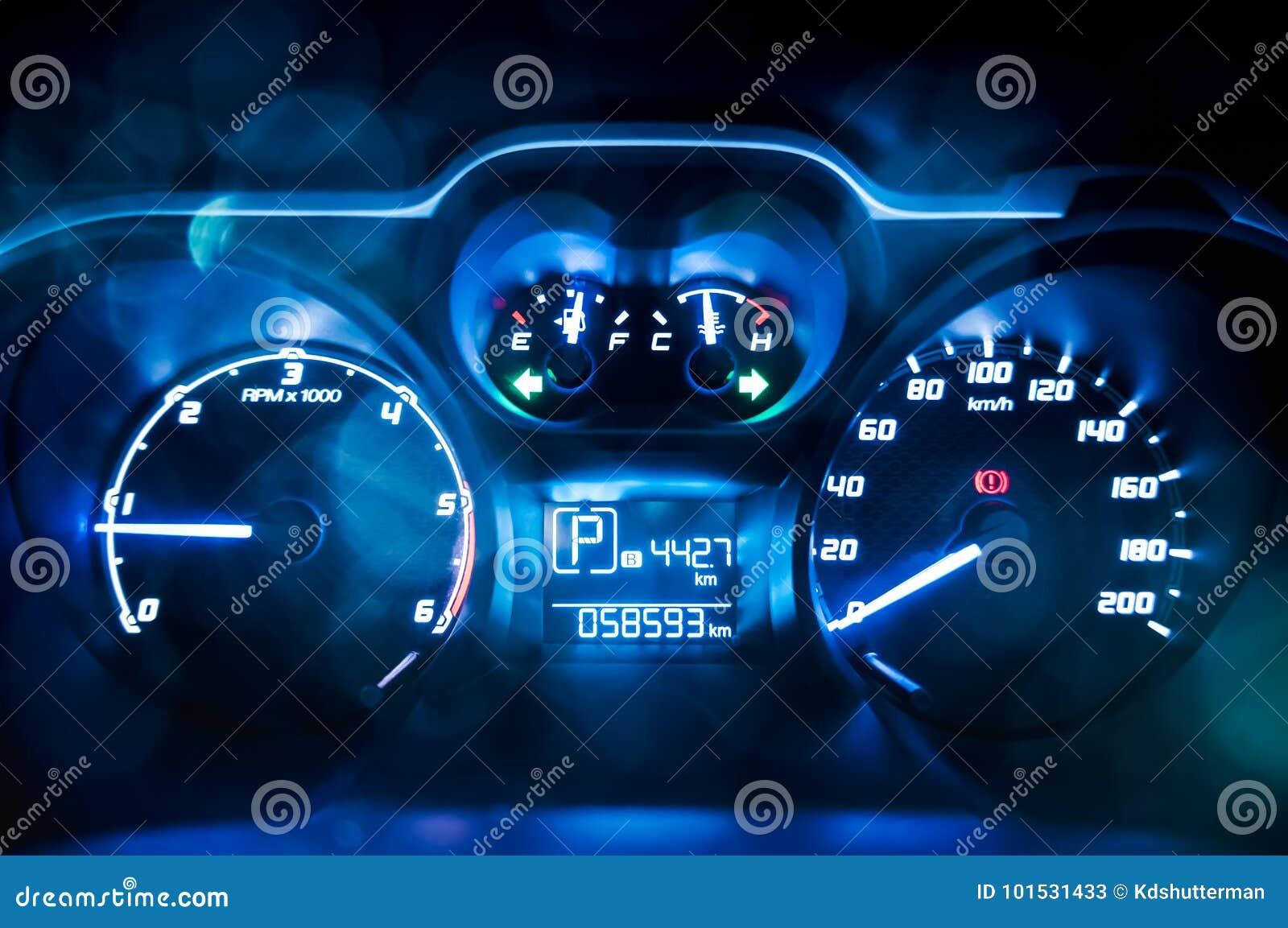 Dashboard Sluit Omhoog Van De Meter Van De Autosnelheid Stock