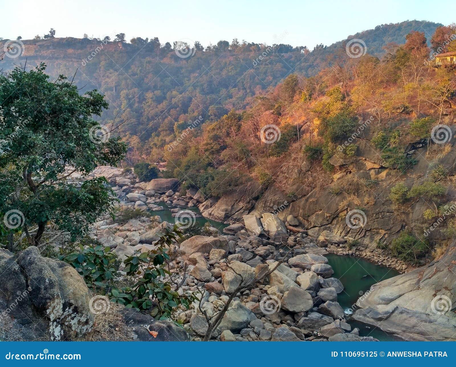 Dassam,兰契,印度美好的山景