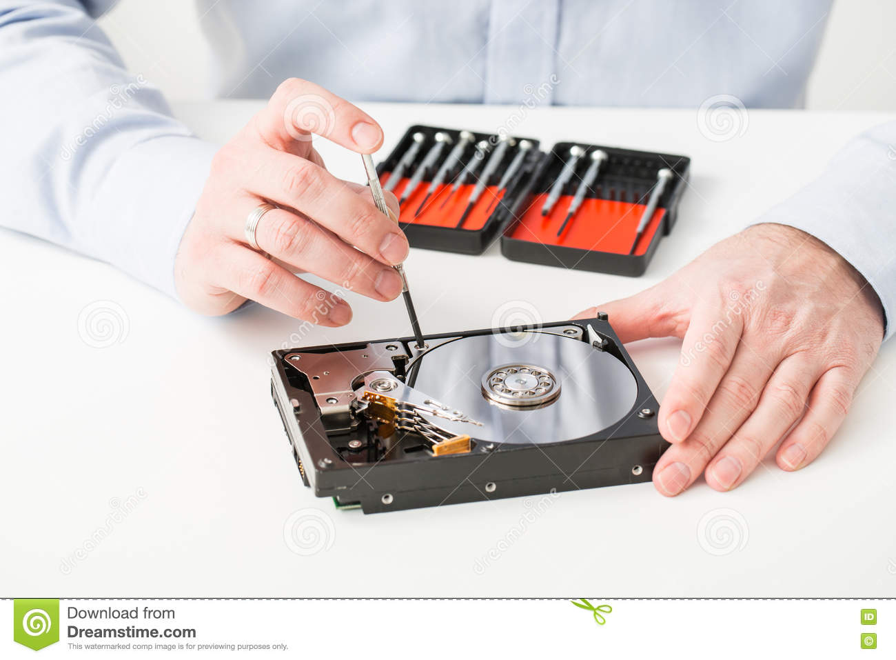 how to fix a hard-disk drive failure for a dell