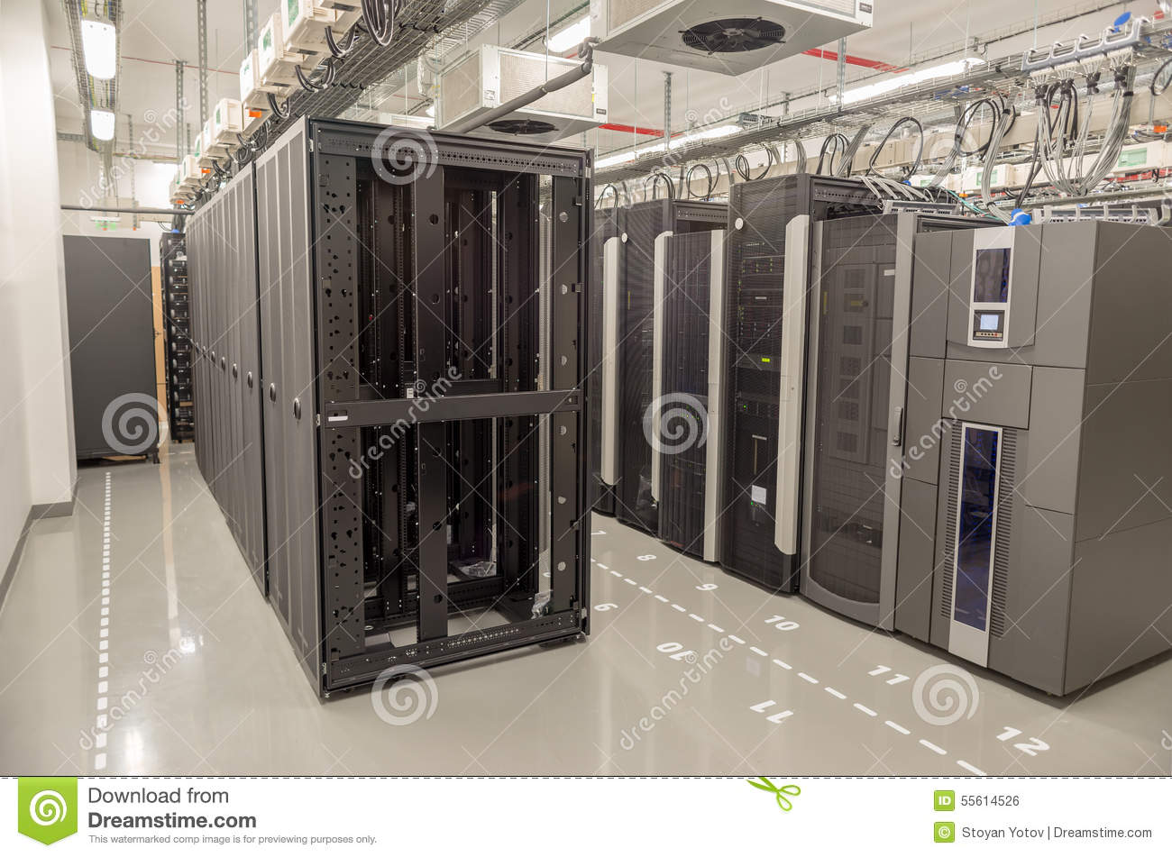 Database Center With Servers Editorial Photo - Image of
