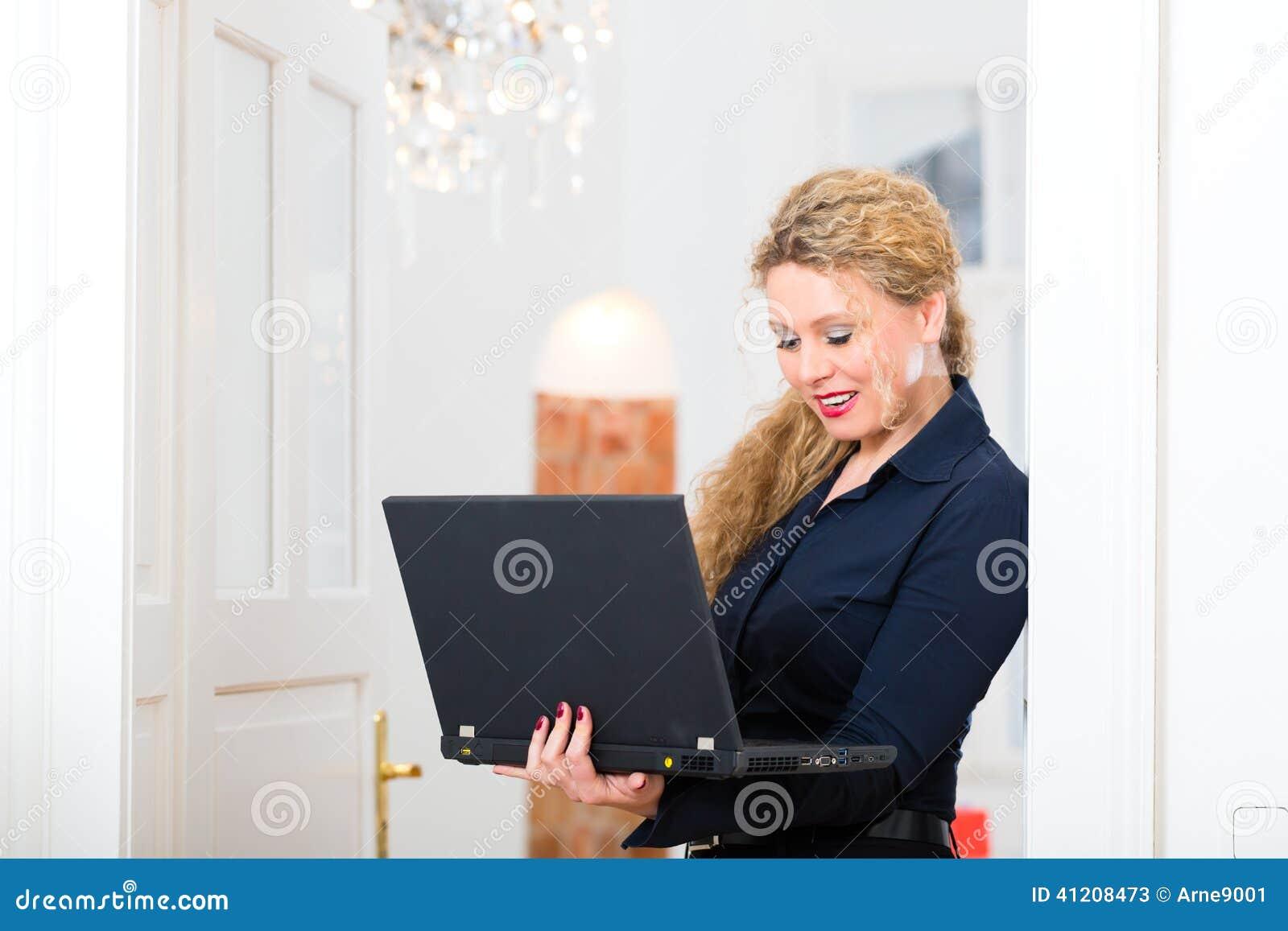 Datazione di una donna senza lavoro