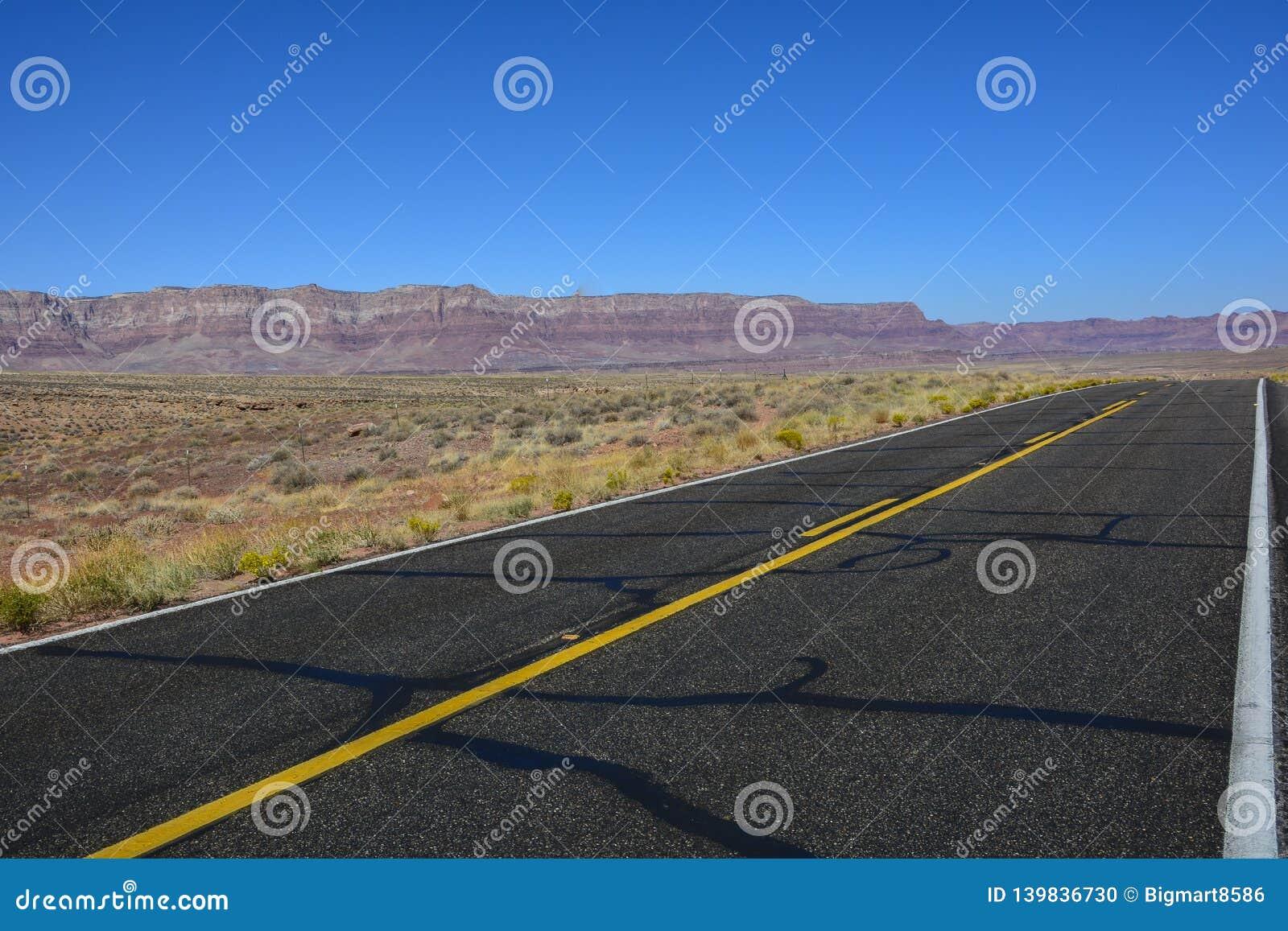 Datenbahn in der Arizona-Wüste