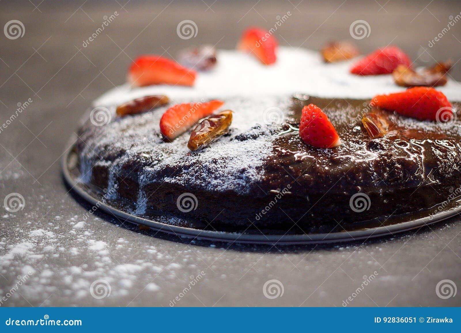 Datieren Sie Den Kuchen Der Mit Zucker Trockenen Daten Und