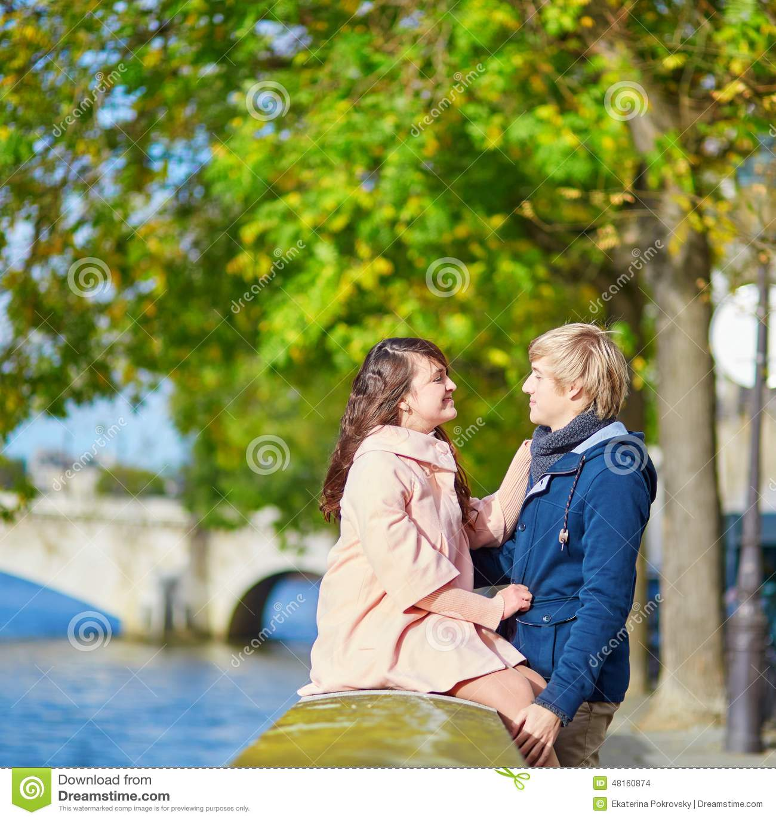 dating-in-paris-free