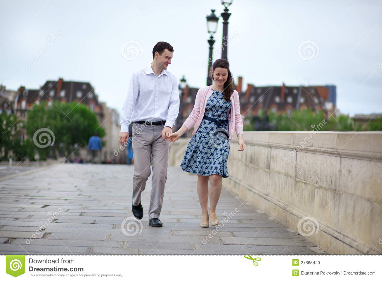 Hand in hand dating service
