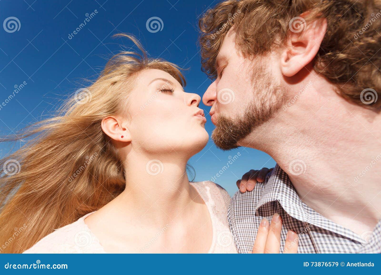 dating voor liefde ano ang dating pangalan ng valenzuela