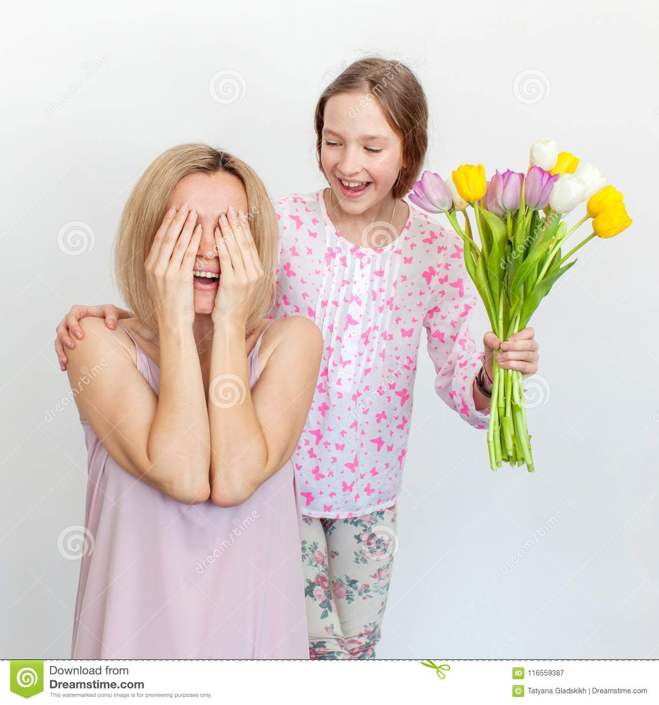 It's okay to give mother only flowers for your birthday 72