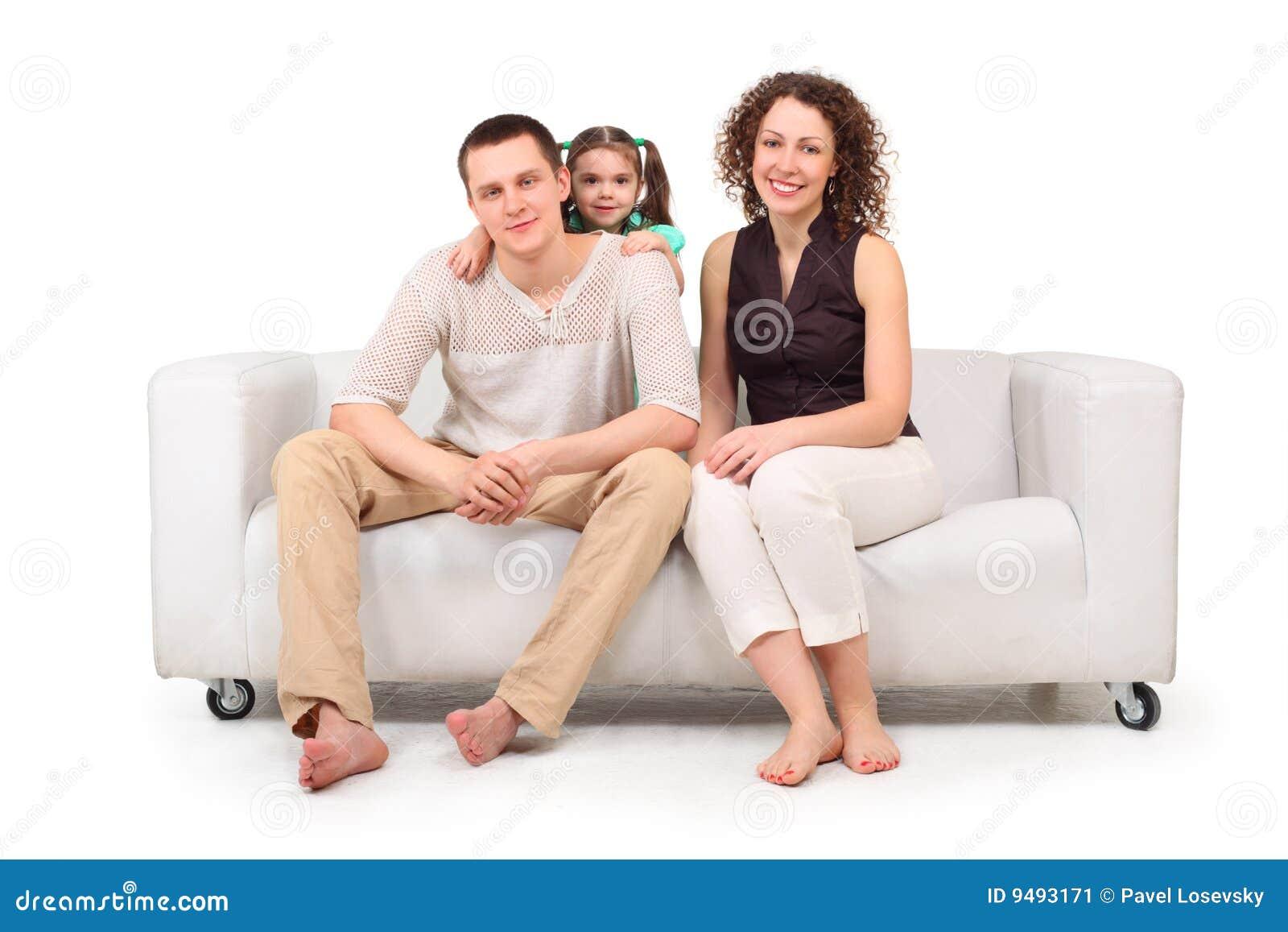 Сын с мамой на диване 18 фотография