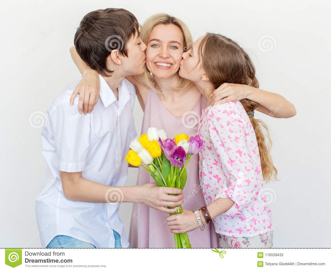 It's okay to give mother only flowers for your birthday 58