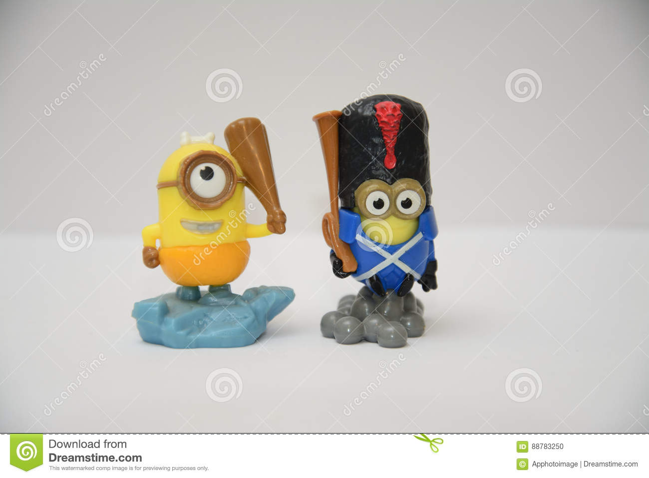 Dave And Kevin Minions Toy Editorial Image Image Of Hand Action 88783250