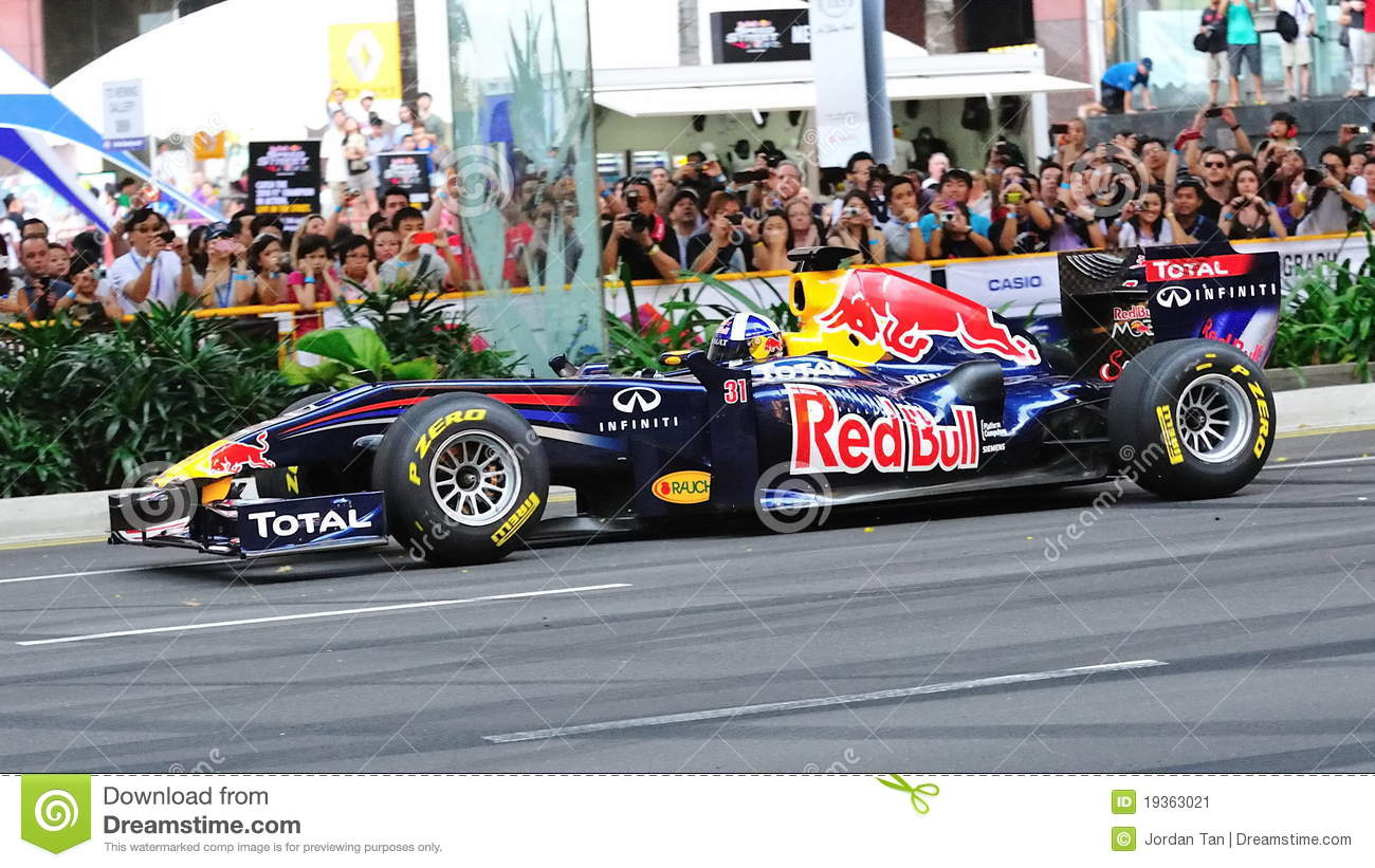 David Coulthard que conduz Red Bull que compete o carro F1