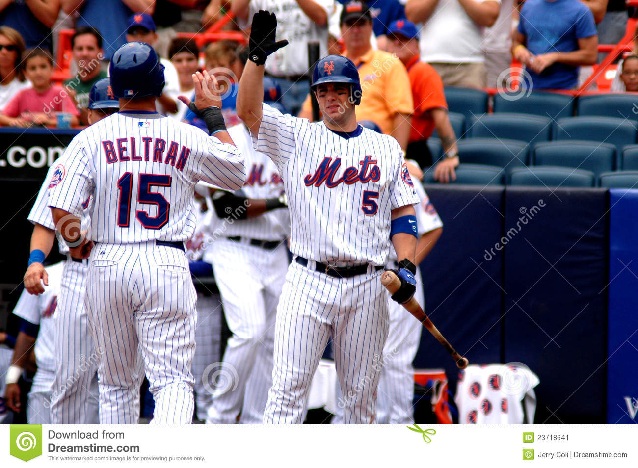 David Wright Congratulates Carlos Beltran Editorial Photo