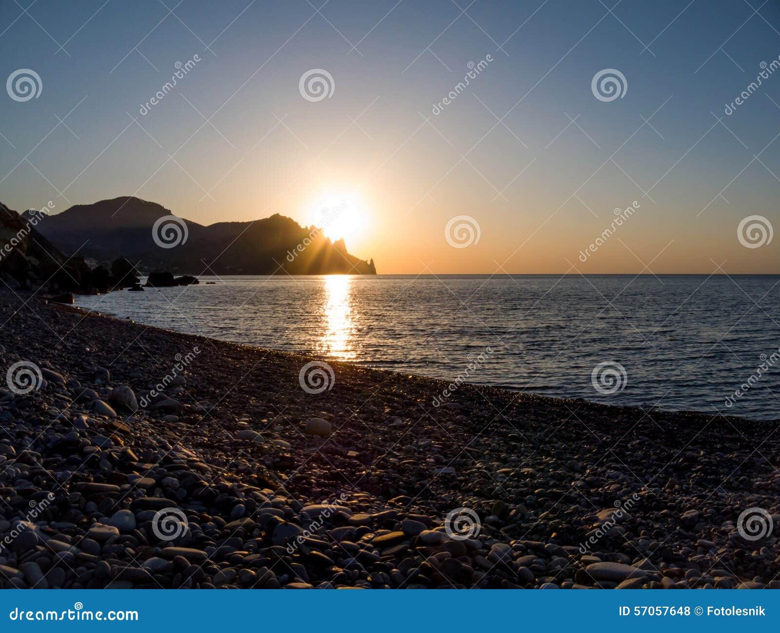 Dawn op de Zwarte Zee Volcano Kara-Dag