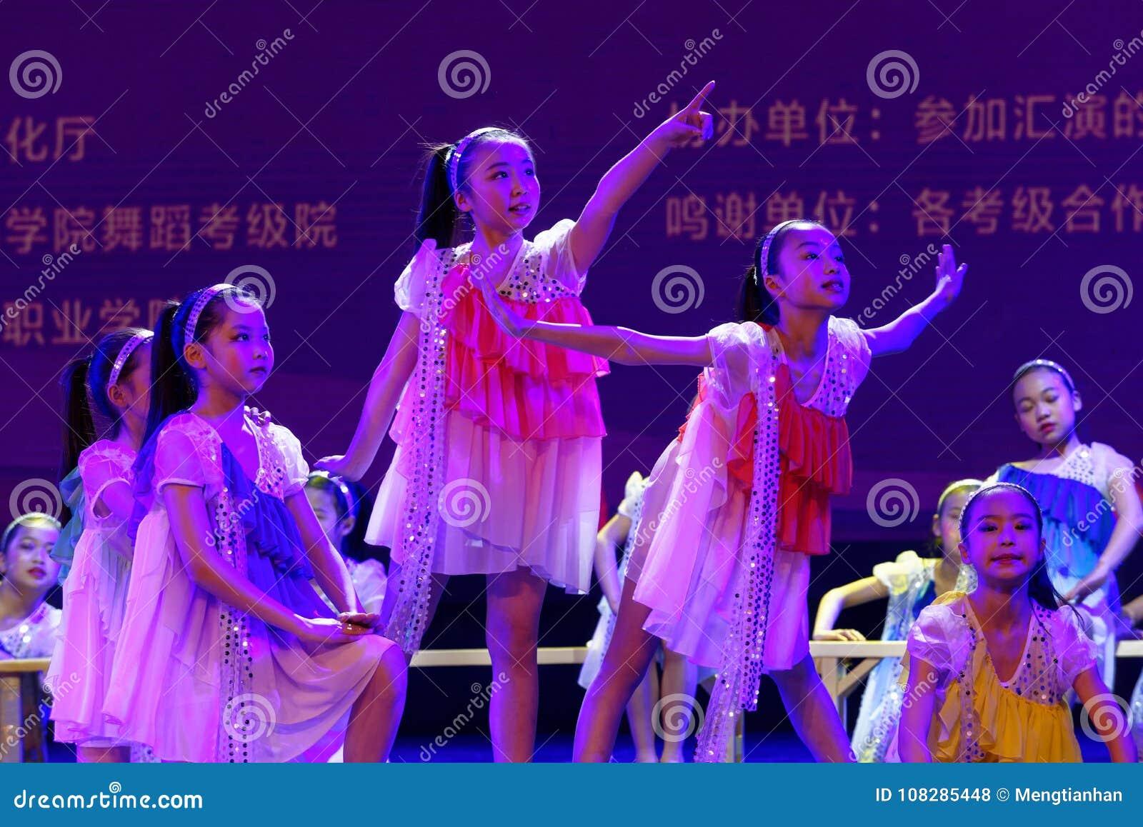 Daydream танца ` s детей испытания звёздной академии танца Пекина неба сортируя выставка Цзянси достижения выдающего уча