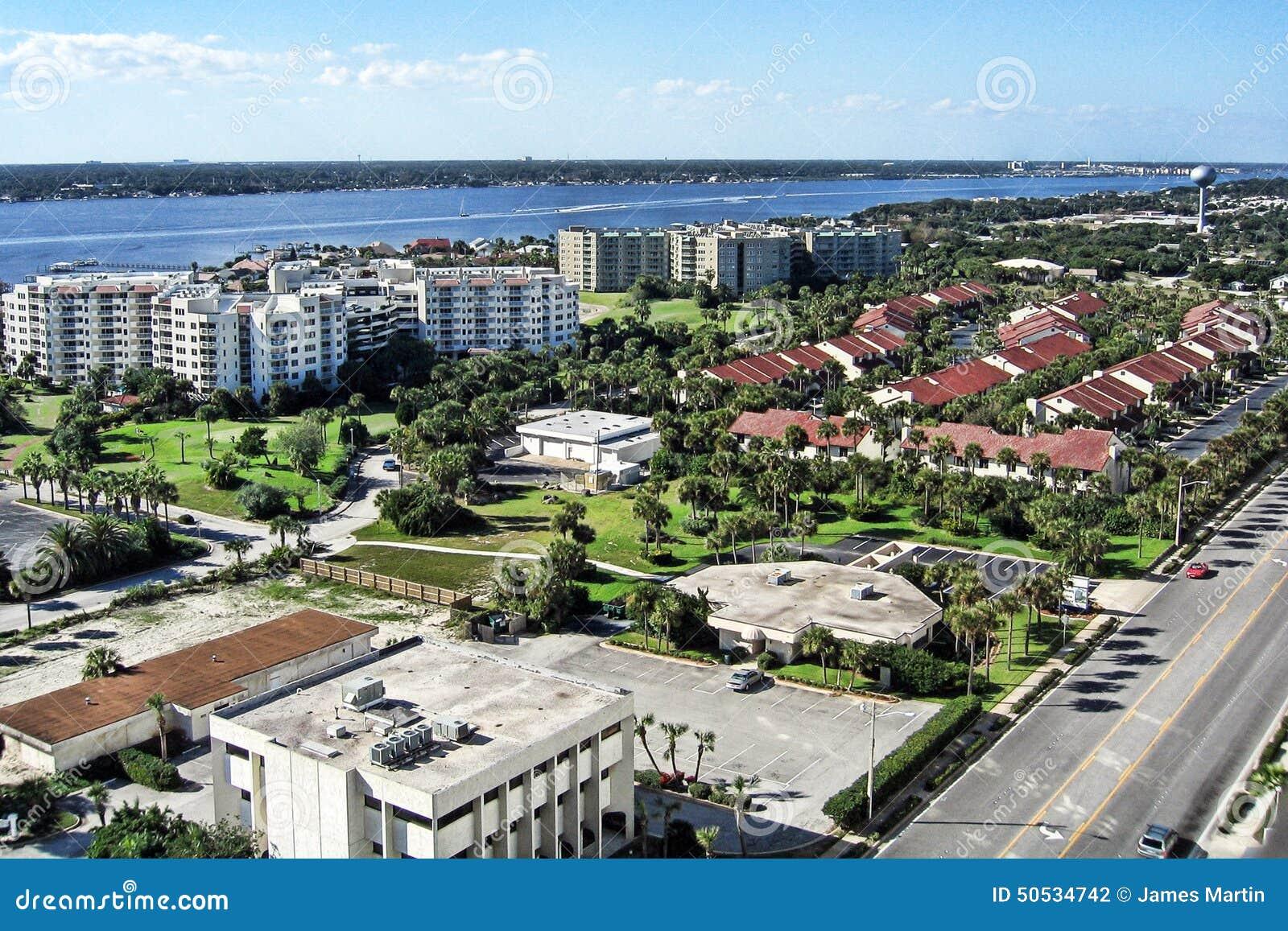 Daytona海滩岸鸟瞰图,佛罗里达