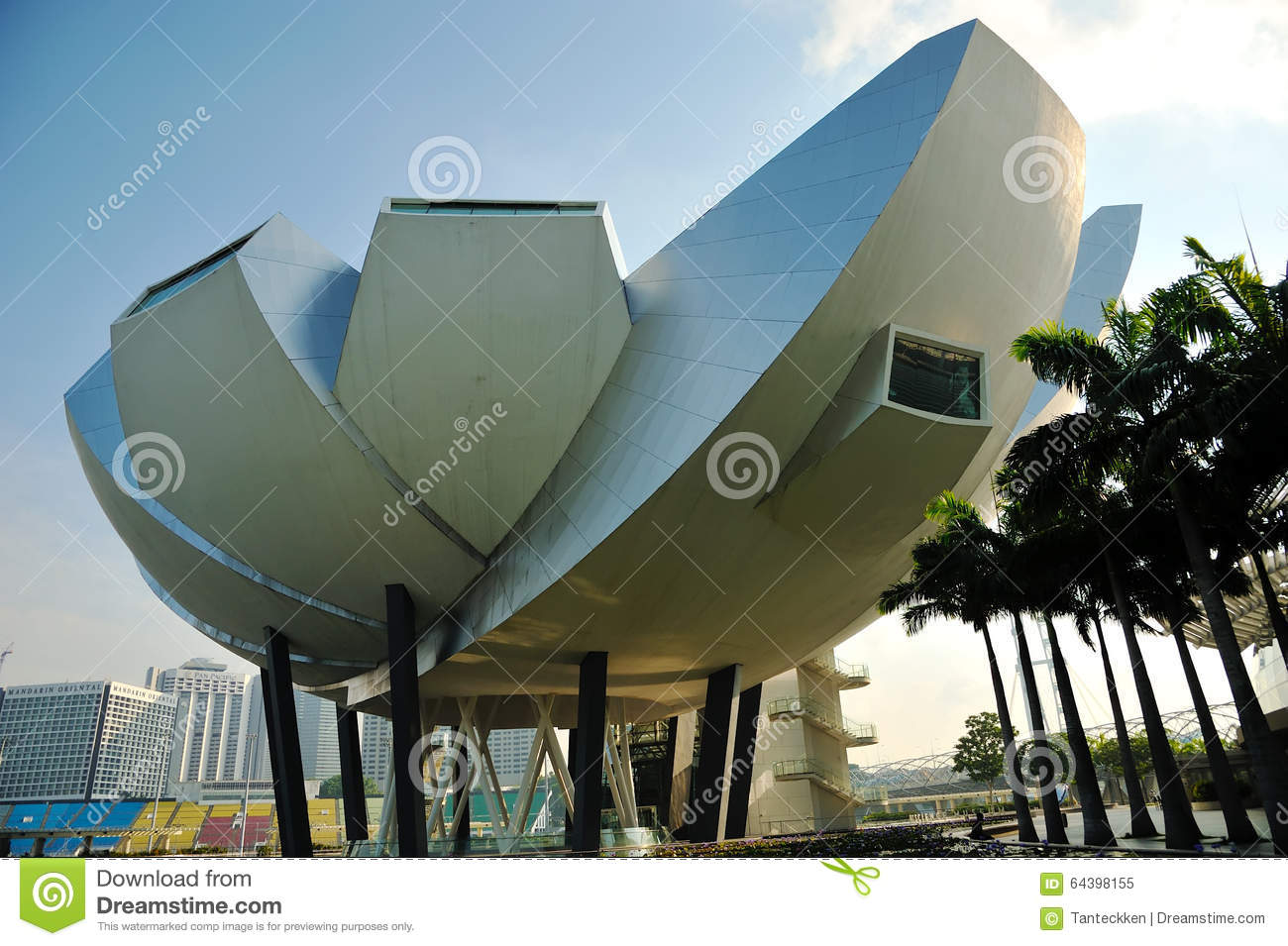 Dayview of marina bay sands resort hotel editorial image for Most luxurious hotel in singapore