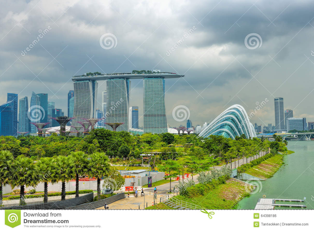 analysis of singapore integrated resorts Keyword: gaming industry, integrated resorts, fuzzy delphi method  table 2  comparative analysis table among macao, singapore and taiwan factor macao.