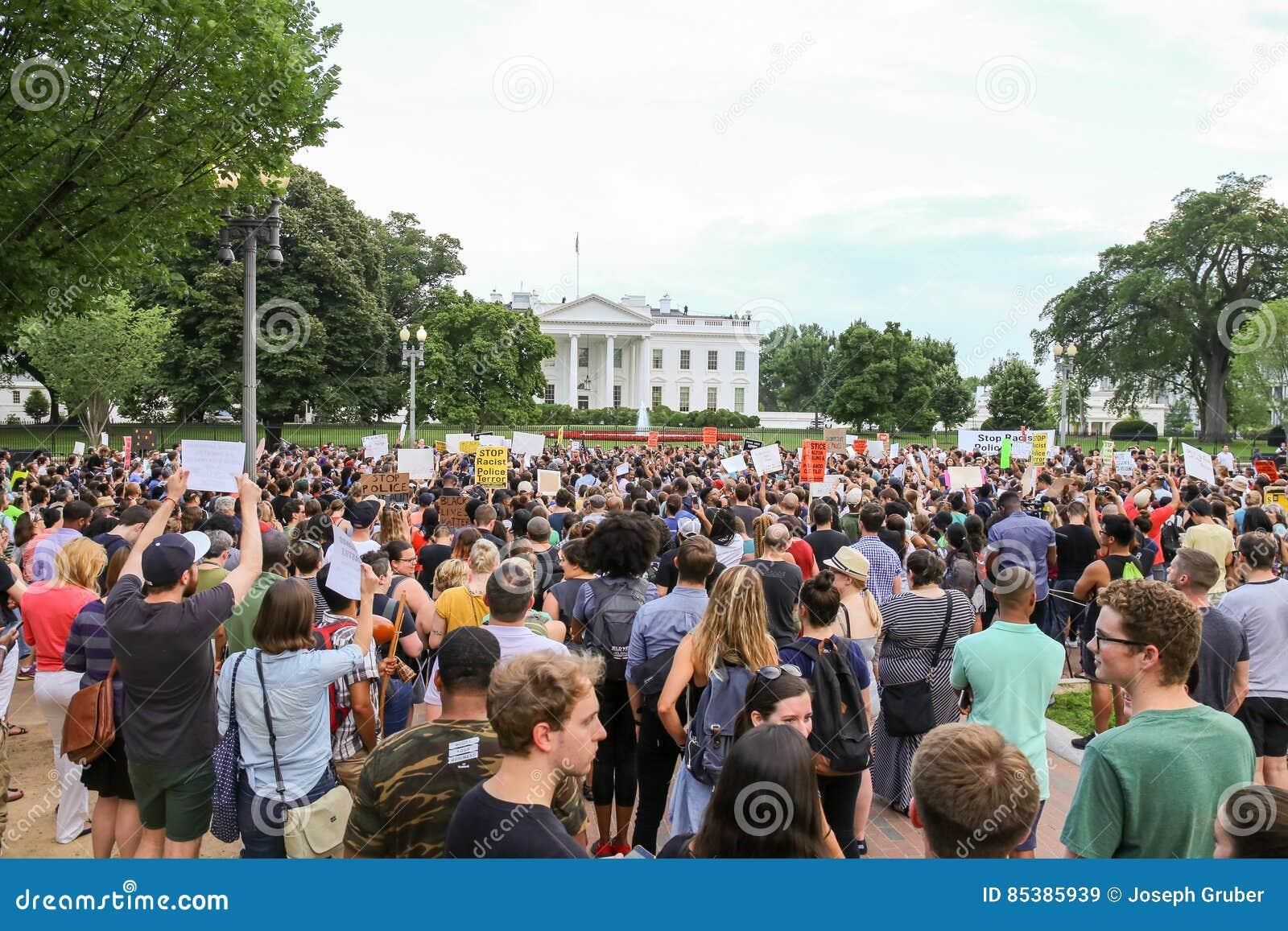 Protester efter ny polisskjutning