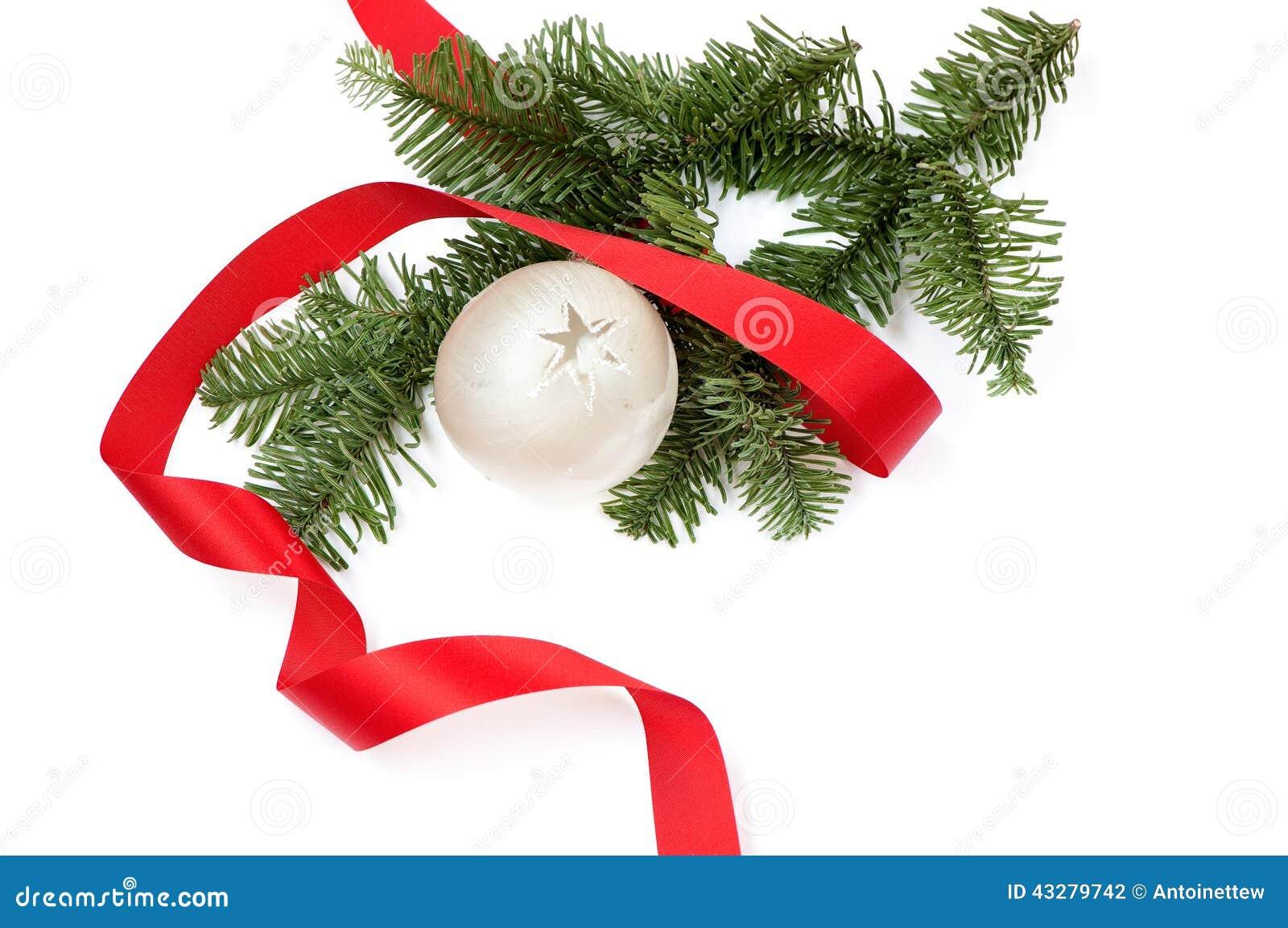 #BB101A Décoration De Noël Avec Le Ruban Et La Boule De Noël Blanc  5335 décorations de noel avec ruban 1300x953 px @ aertt.com