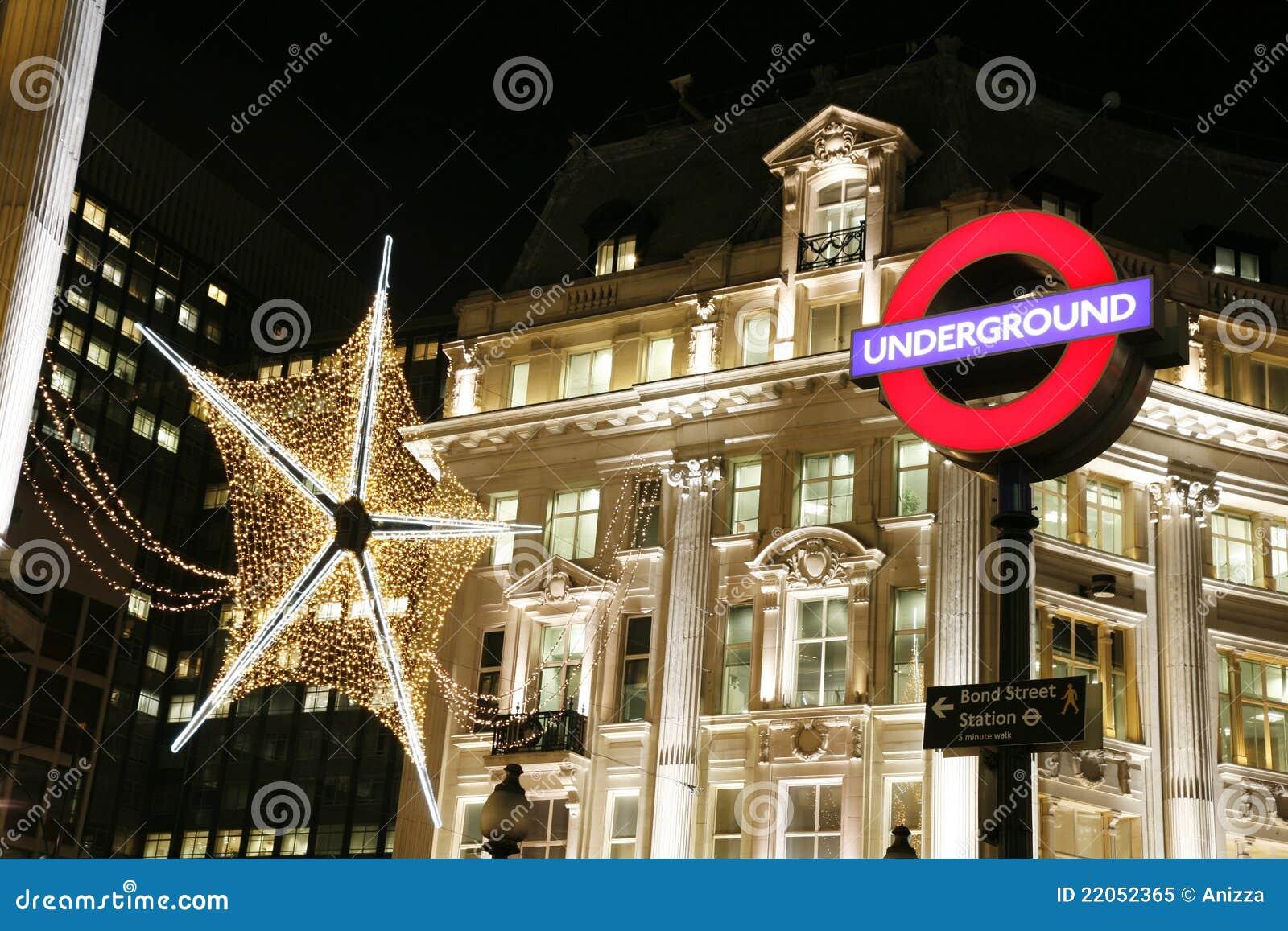 #C5061F Décoration De Noël à Londres Image éditorial Image: 22052365 5317 decorations de noel a londres 1300x957 px @ aertt.com