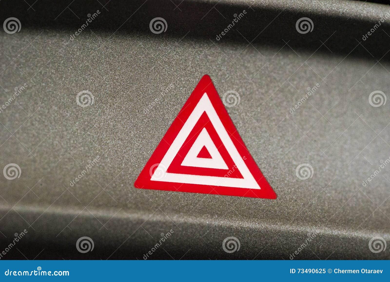 De Aandachts Lichte Knoop Van De Autonoodsituatie In Rode Driehoek