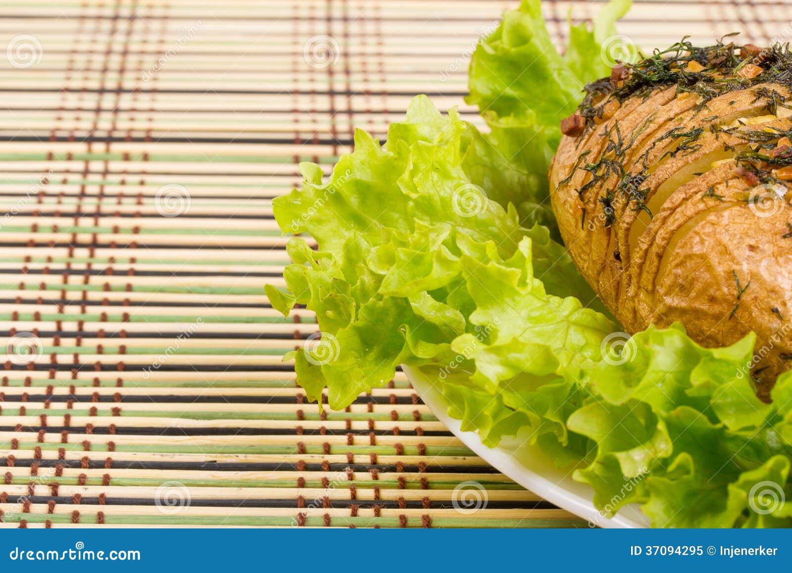 De aardappel in de schil met knoflook en venkel royalty vrije stock foto afbeelding 37094295 - Ontwerp voorgerecht ...