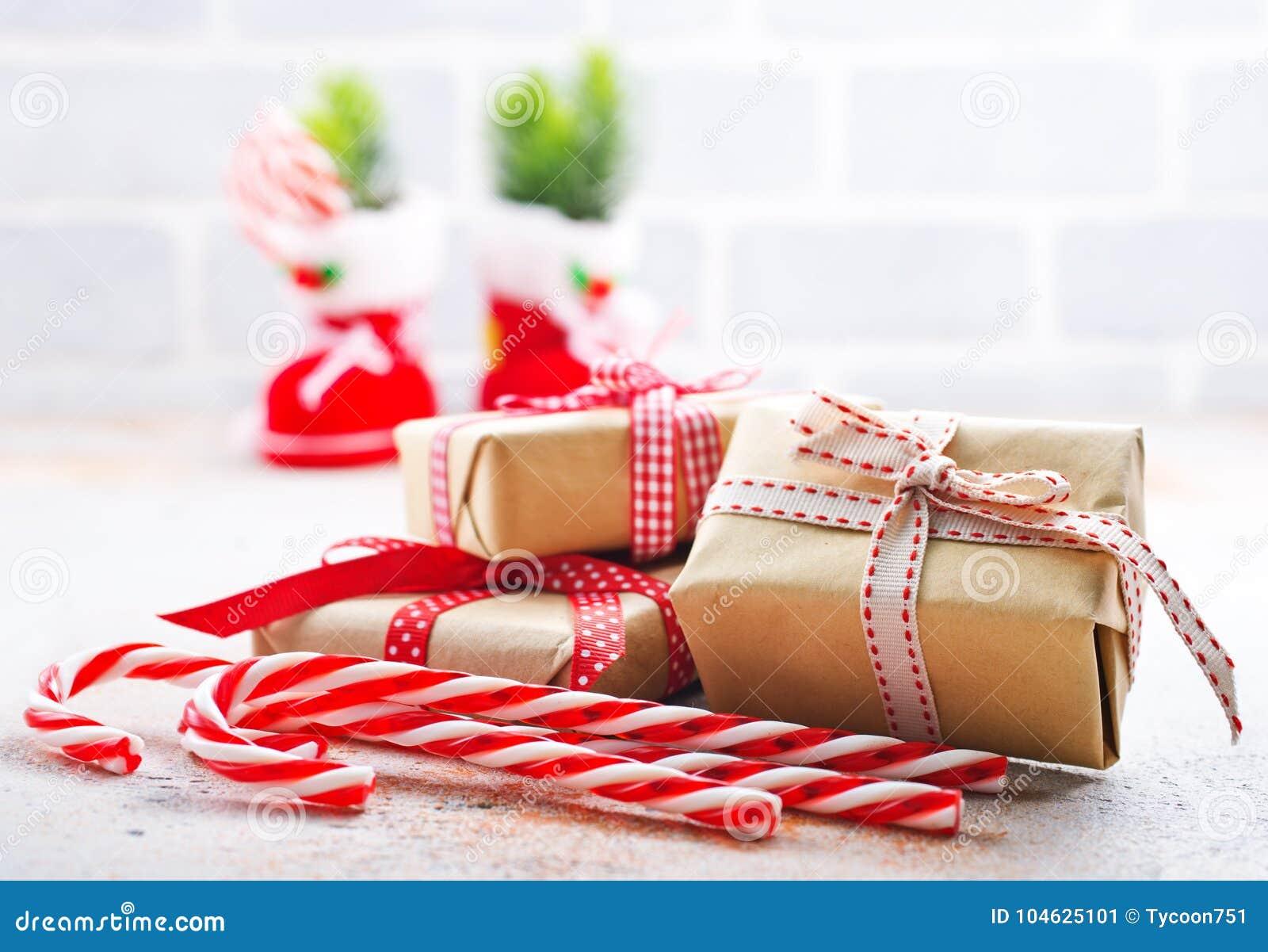 Download De Achtergrond Van Kerstmis Stock Afbeelding - Afbeelding bestaande uit achtergrond, banner: 104625101