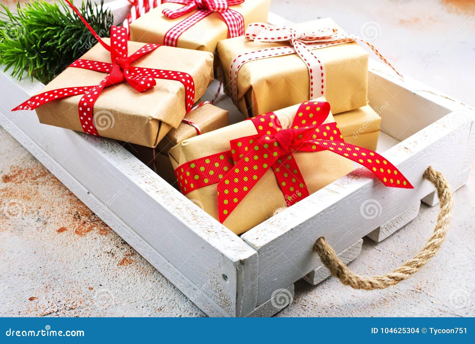Download De Achtergrond Van Kerstmis Stock Foto - Afbeelding bestaande uit kerstmis, decoratie: 104625304