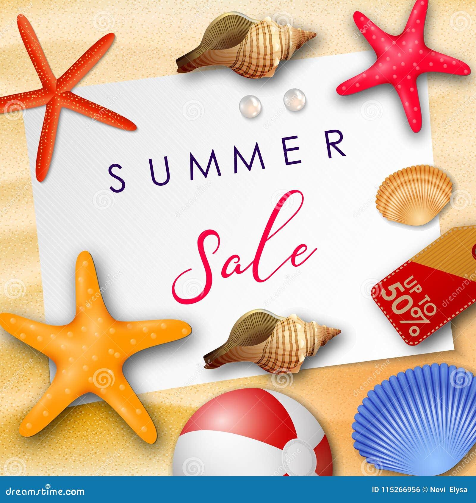 De achtergrond van de de zomerverkoop met Witboek voor tekst, zeeschelpen, strandbal, parels, en prijskaartje