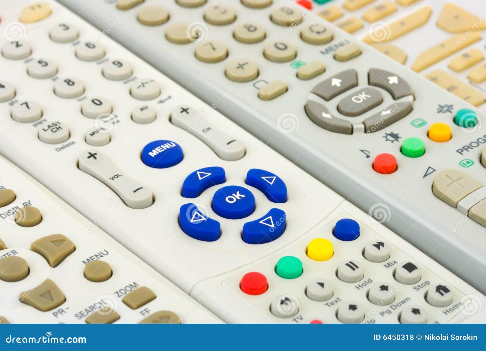 De afstandsbedieningen van TV