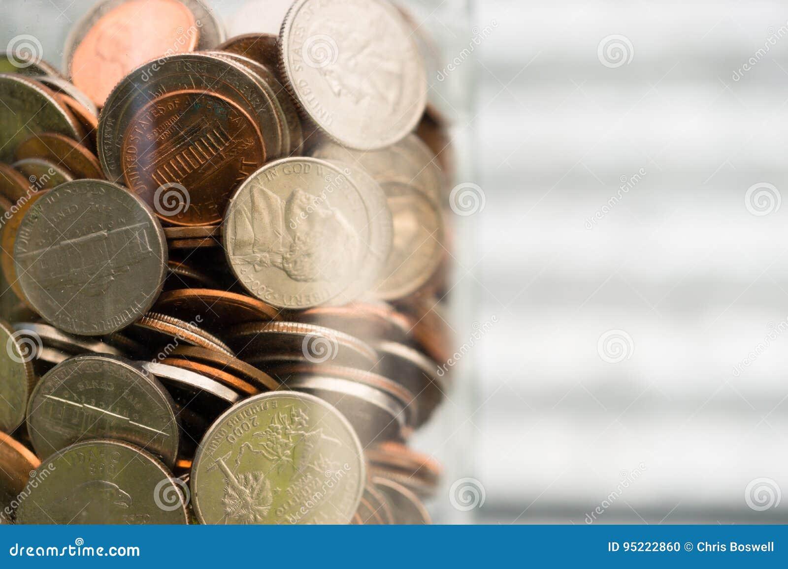 De Amerikaanse Muntstukken van de Dollarmunt in Kruikpence vernikkelt Kwartendimen