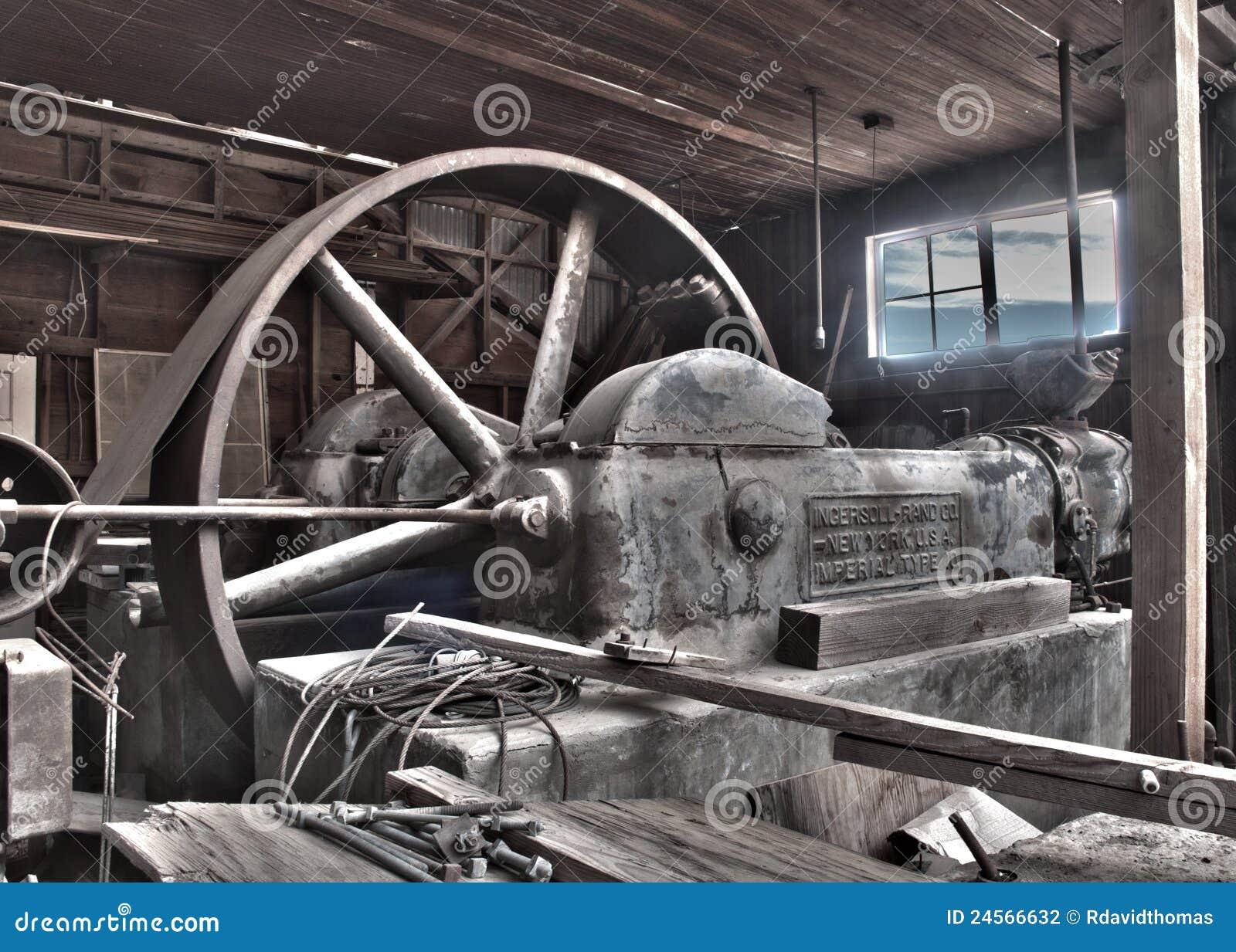 De antieke Riem Gedreven Compressor van de Stoom