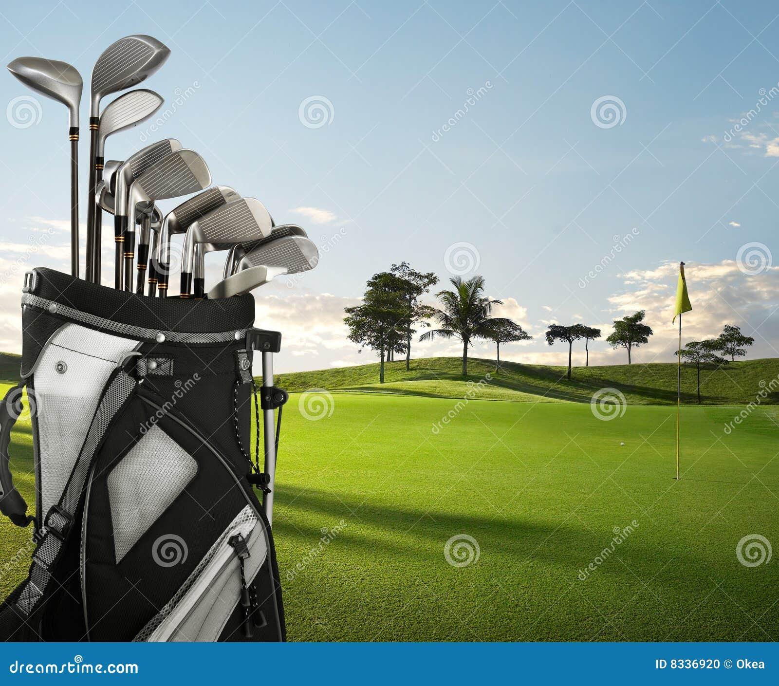 De apparatuur en de cursus van het golf