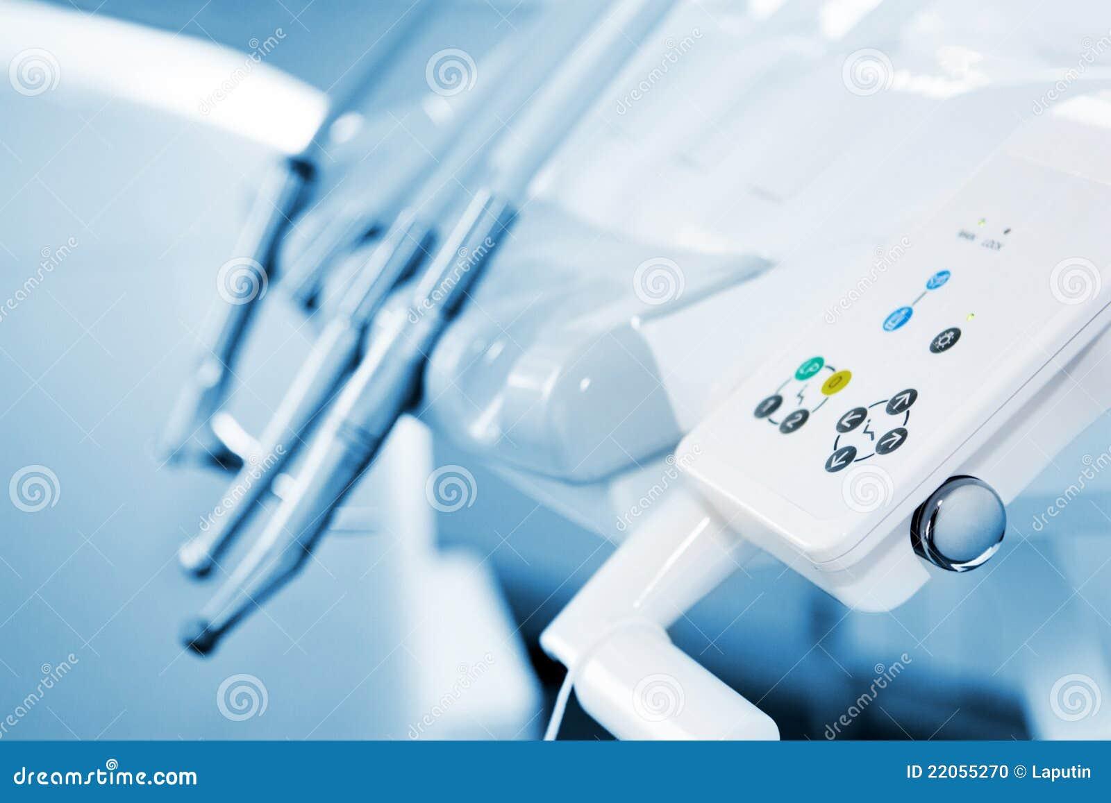 De apparatuur van de tandarts