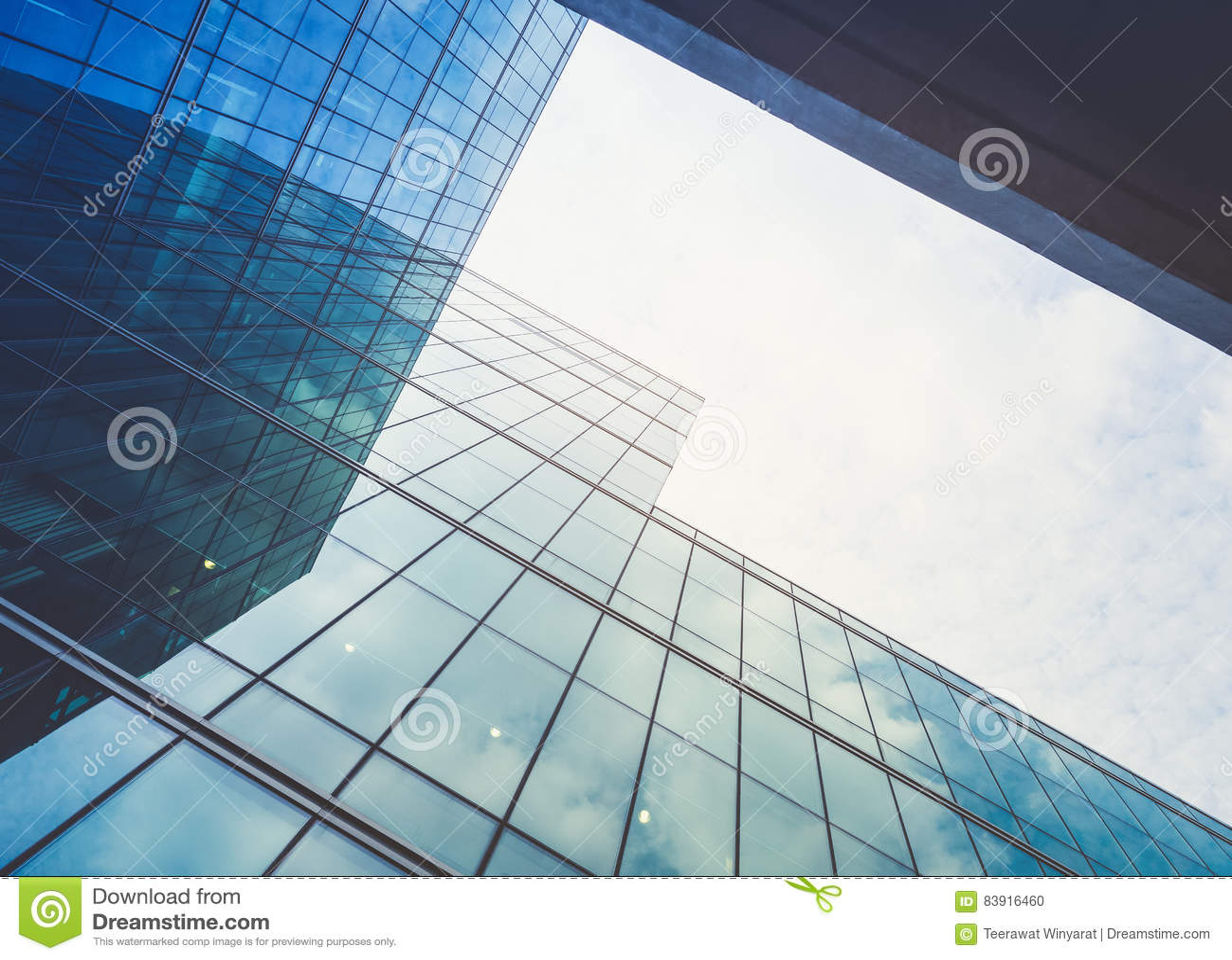 De architectuur detailleert Moderne de voorgevel van het de Bedrijfs bouwglas achtergrond
