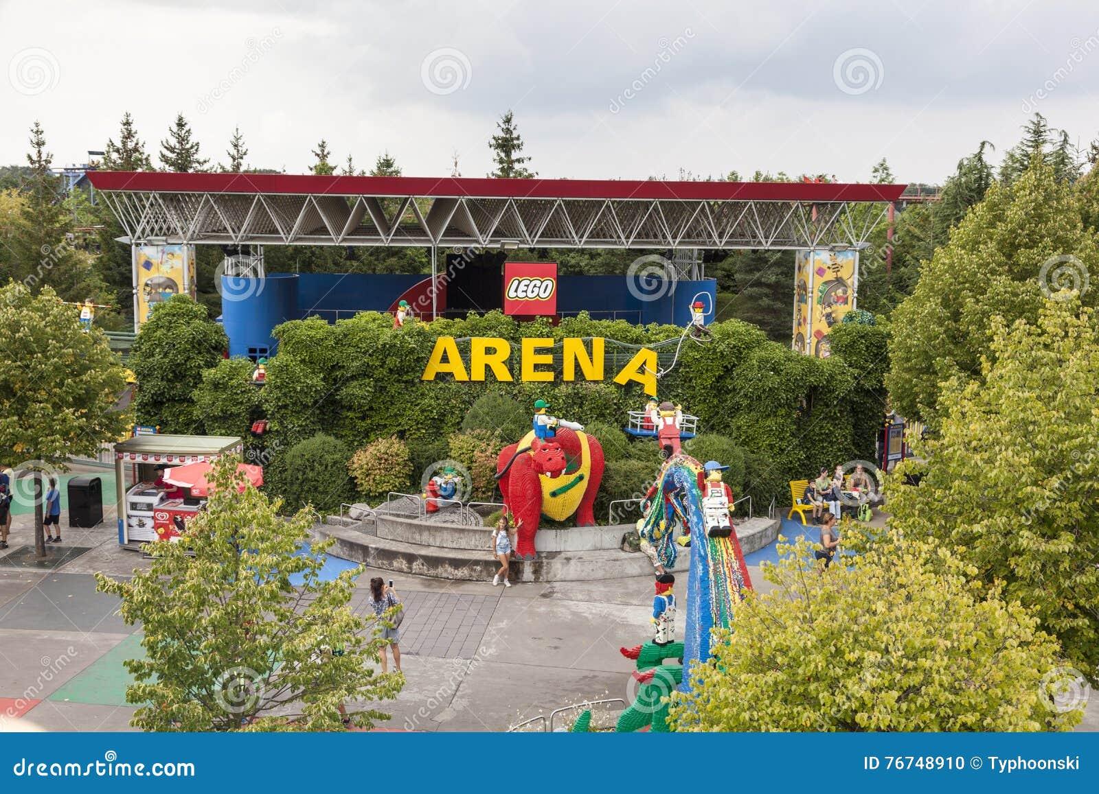 De Arena In Legoland Duitsland Redactionele Afbeelding ...