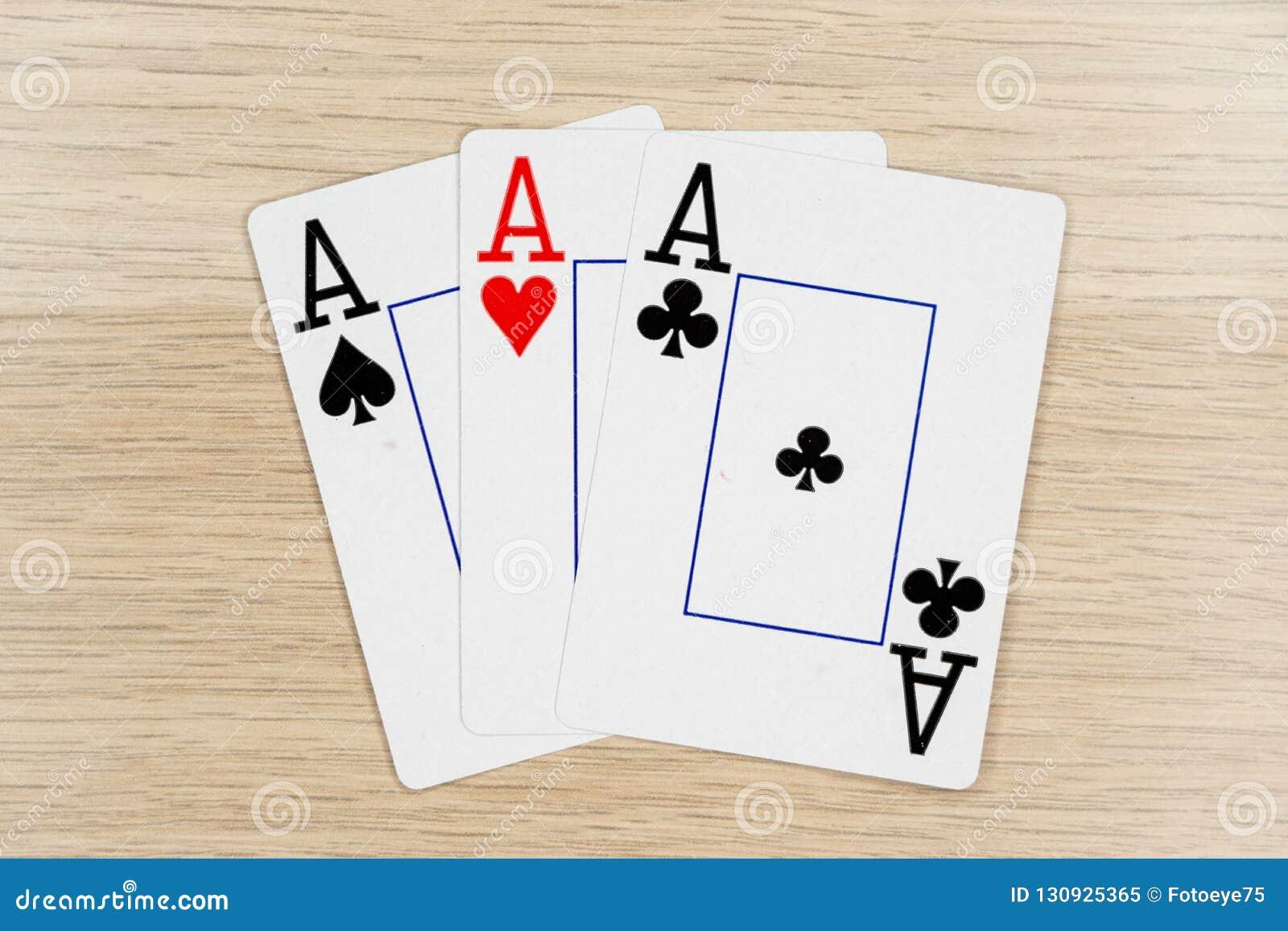 3 de as buenos - casino que juega tarjetas del póker