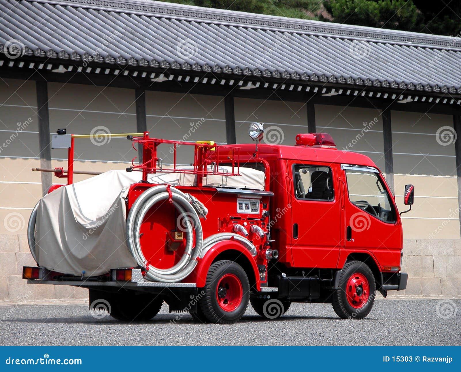 De auto van het vuurwerk