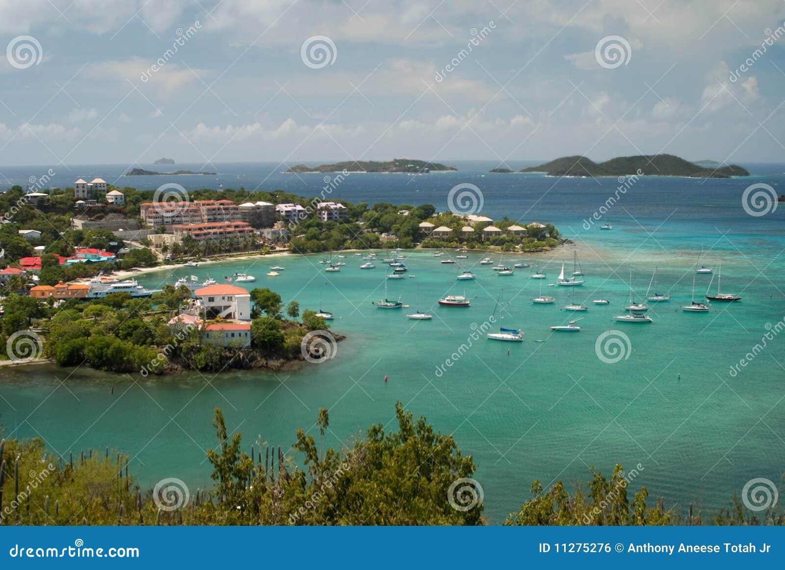 De Baai van Cruz - St John - het Maagdelijke Eiland van de V.S.