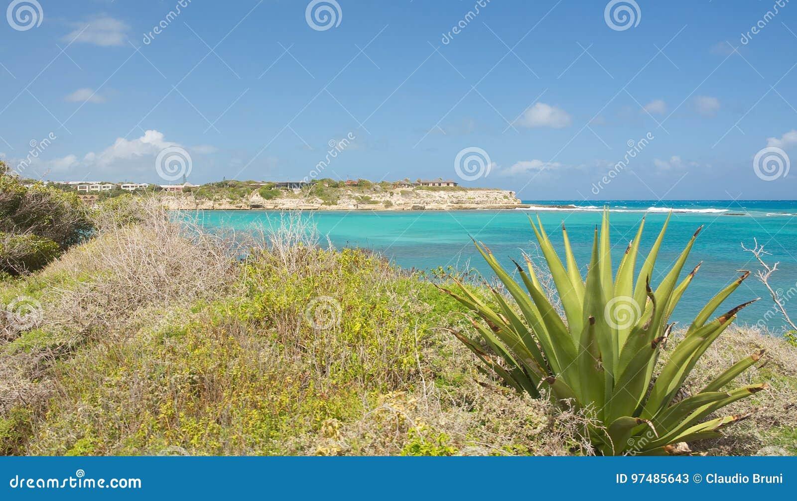 De baai van de duivels` s Brug - Caraïbische overzees - Antigua en Barbuda