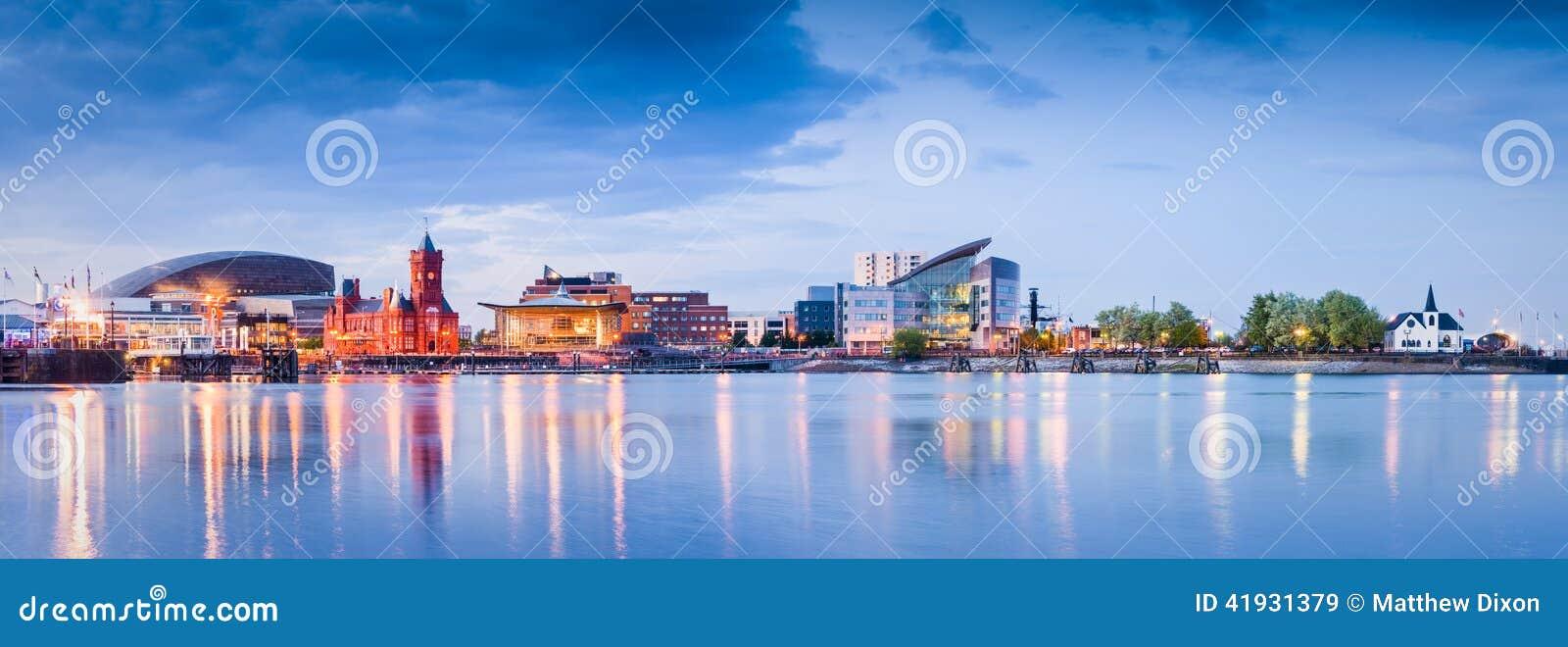 De Baaicityscape van Cardiff