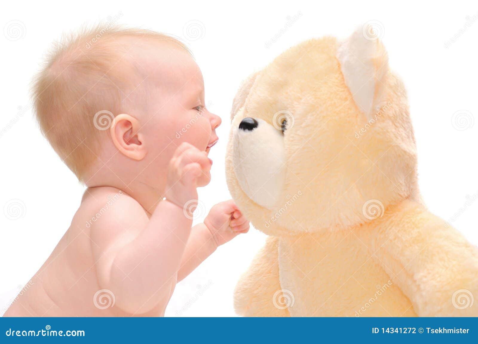De baby van Hapy met teddybeer