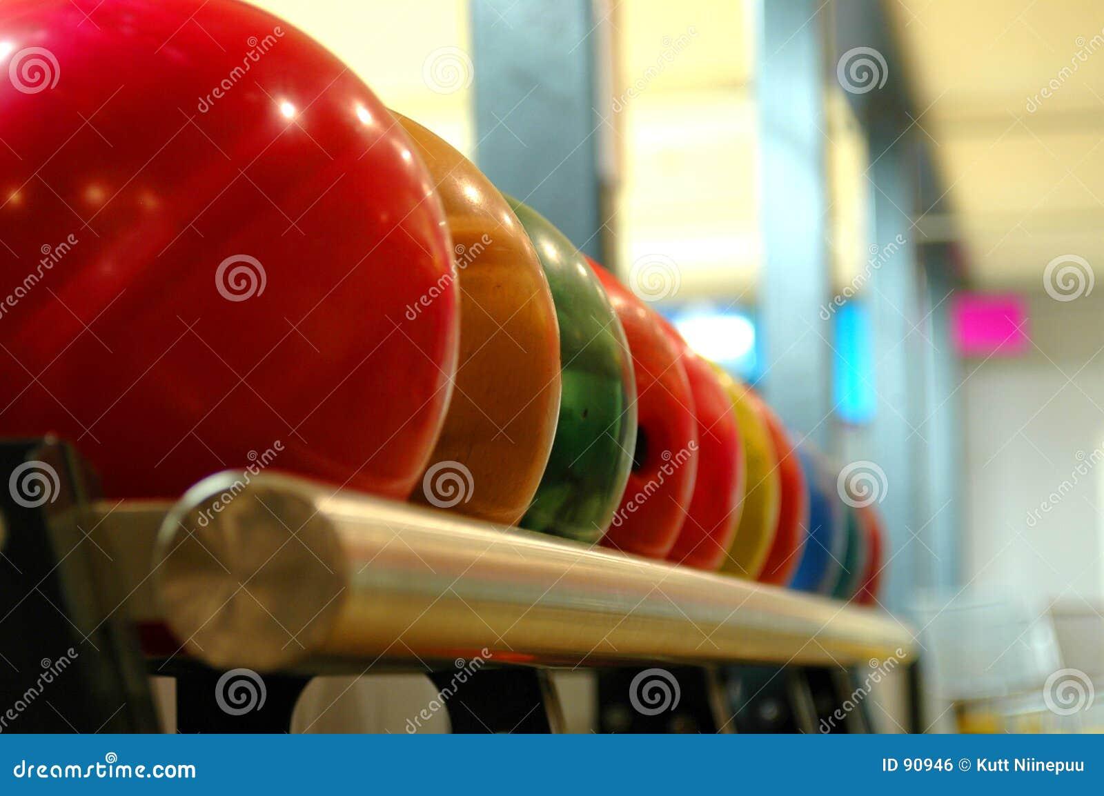 De ballen van het kegelen