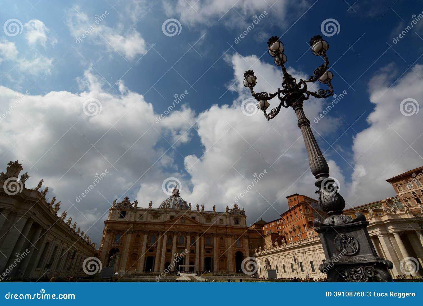 De basiliek van heilige Peter. De Stad van Vatikaan